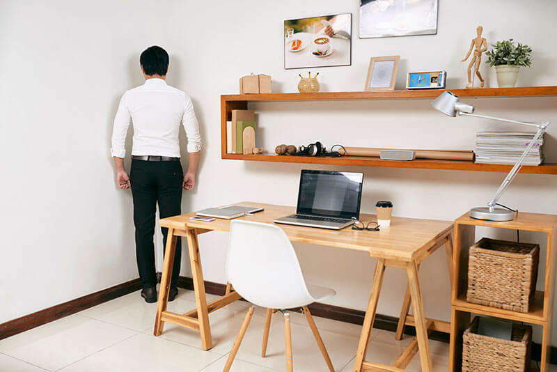 The ultimate guide to setting up a corner standing desk DIY