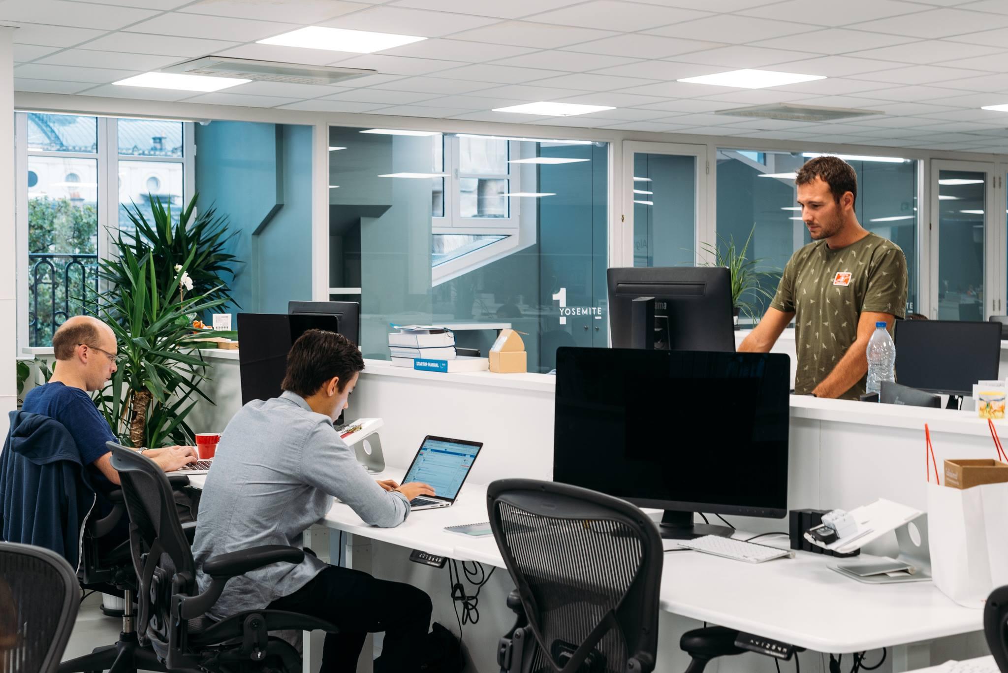 algolia modern office