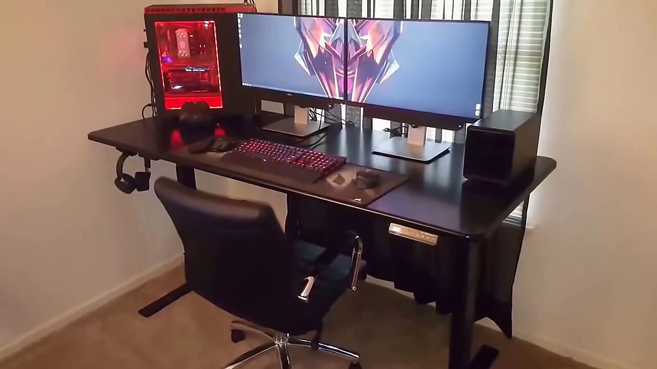 Huge and Efficient Gaming Space