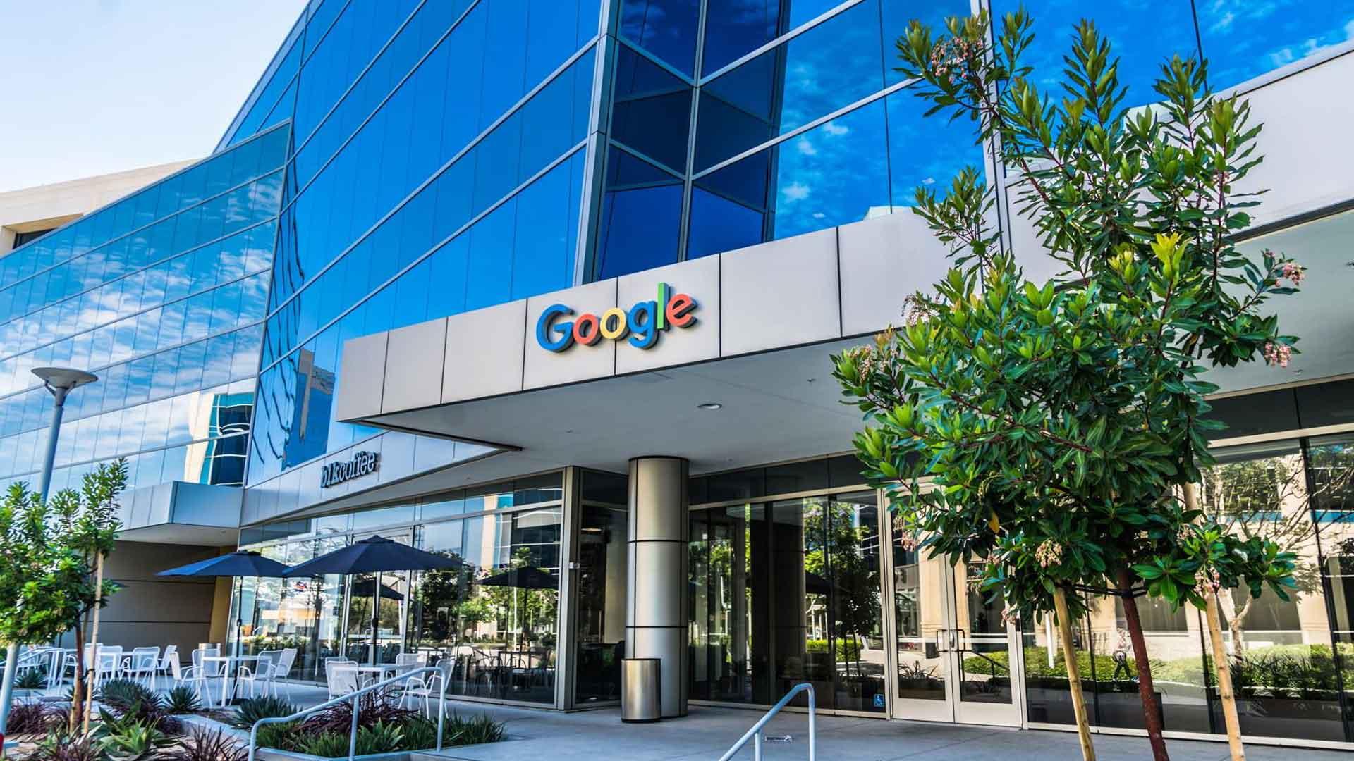 Googleplex by Clive Wilkinson.