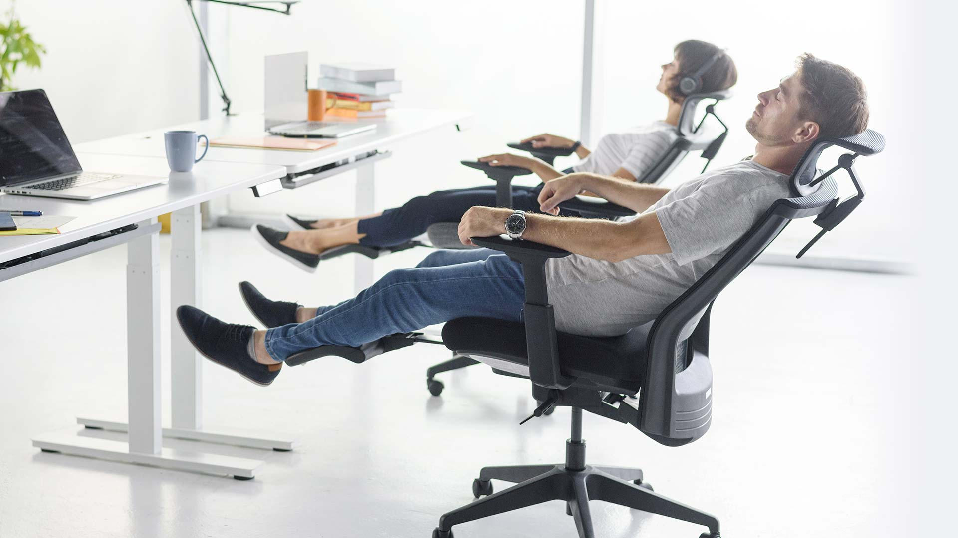 10 Reasons Why You Need Ergonomic Office Chairs 7