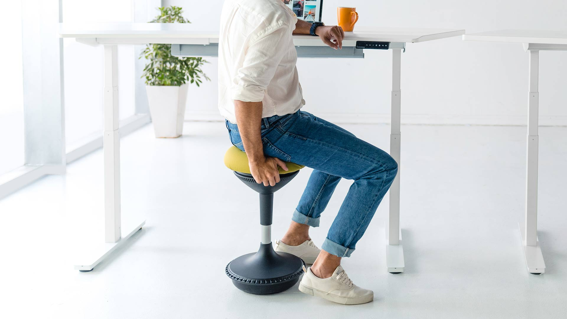 What You Need To Know About Ergonomic Stools 2