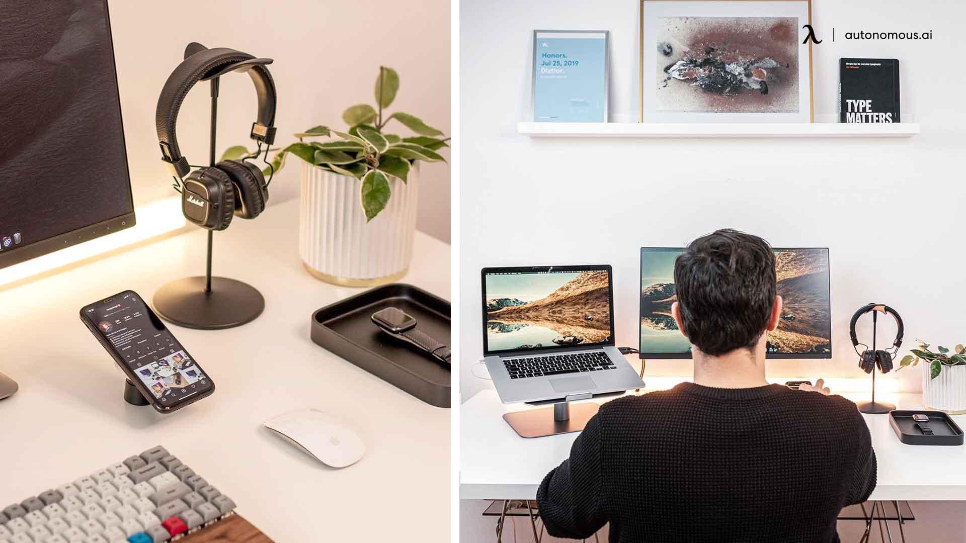 minimal desk setup - headphone