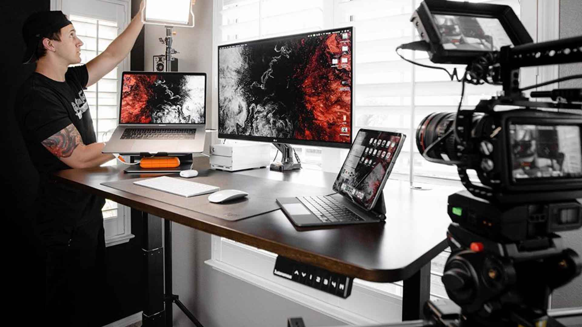 image relates to standing-desks