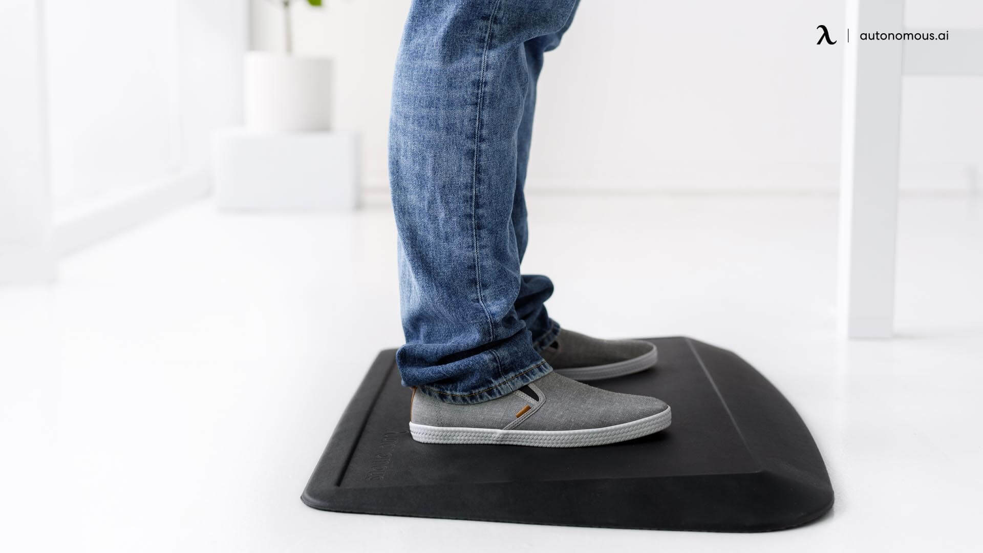 Anti fatigue mat is a must have standing desk accessory