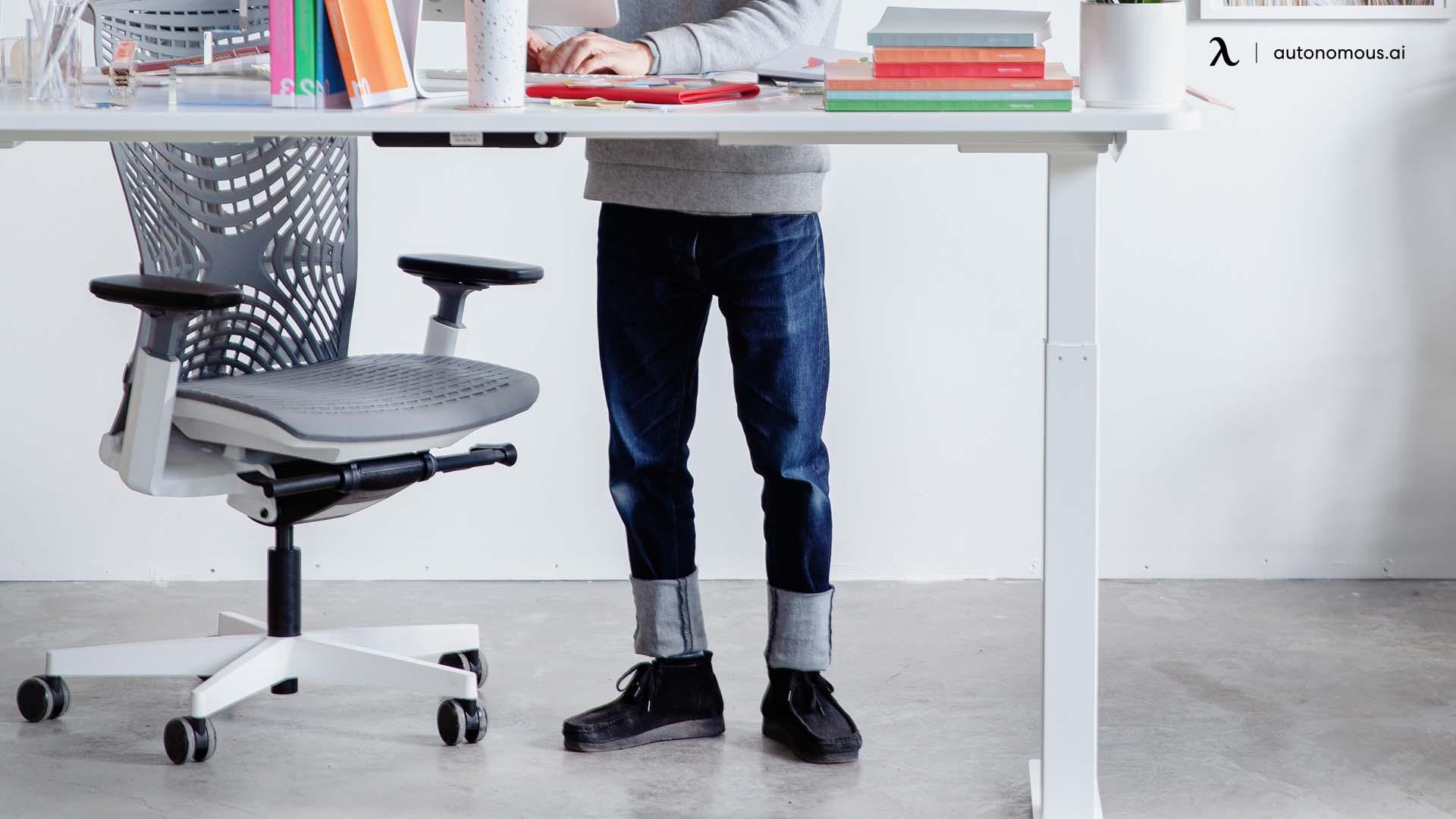 Ergonomic desk benefit