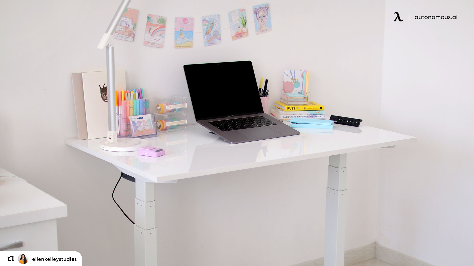 Best ergonomic writer's desk