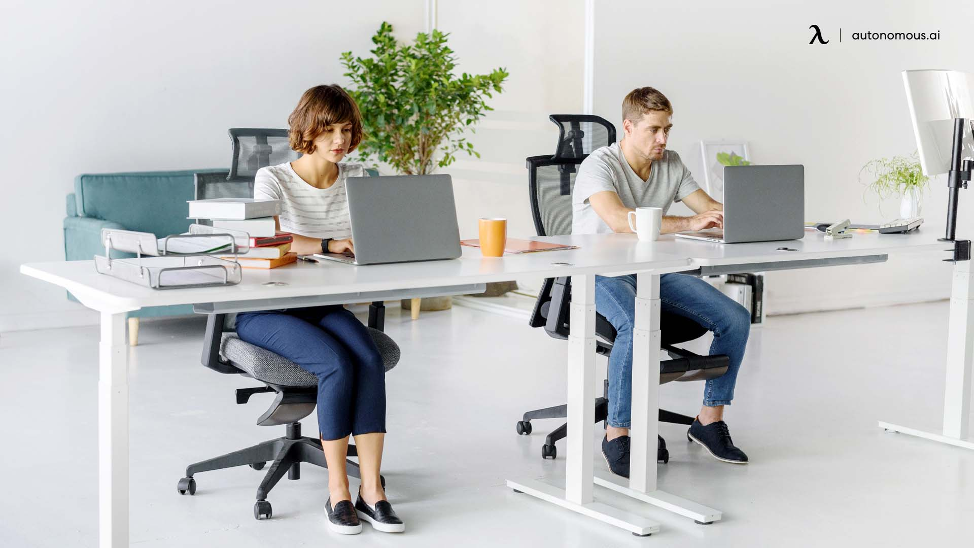 How to sit properly at standing desk