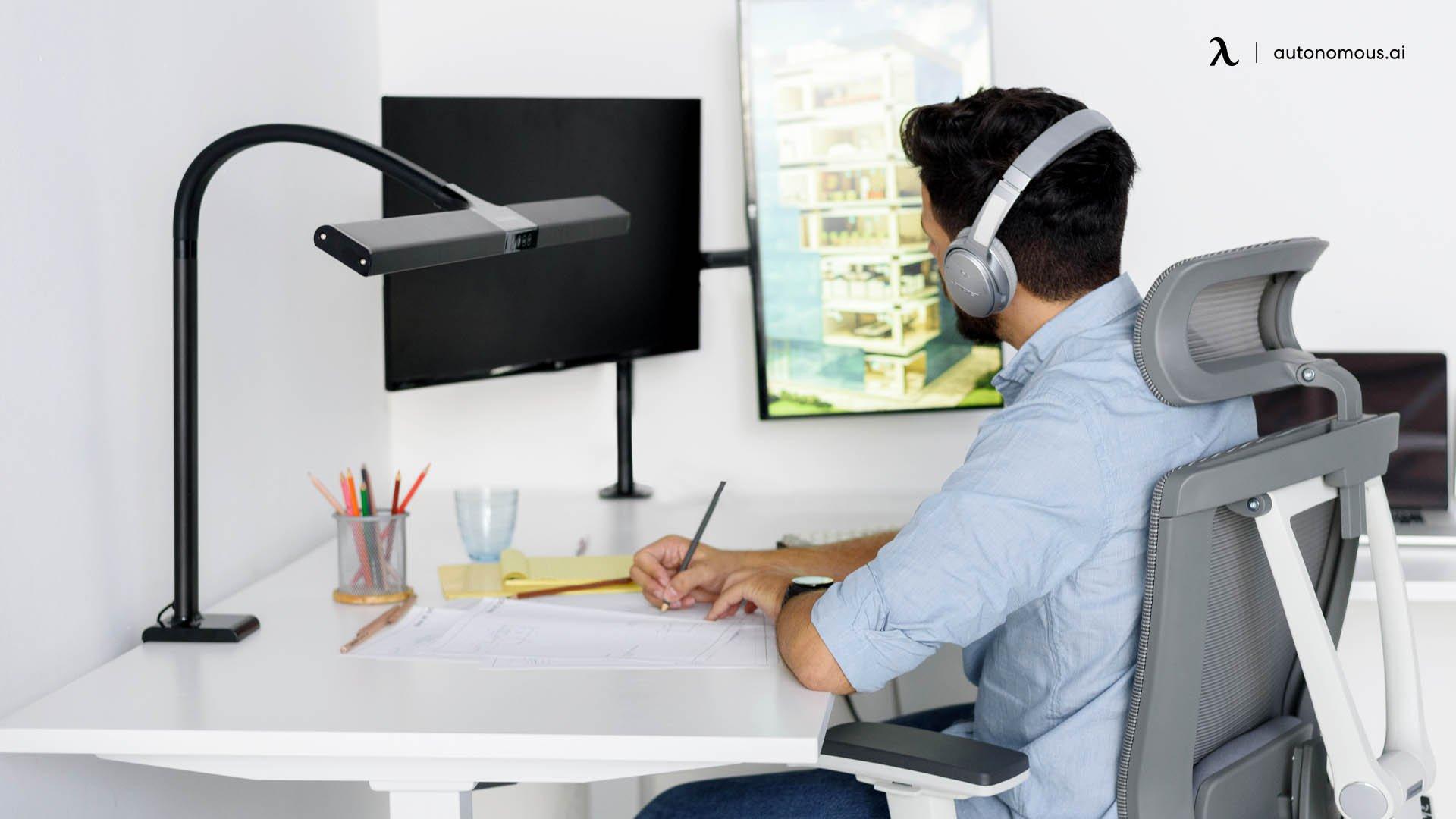 Autonomous ergonomic solutions