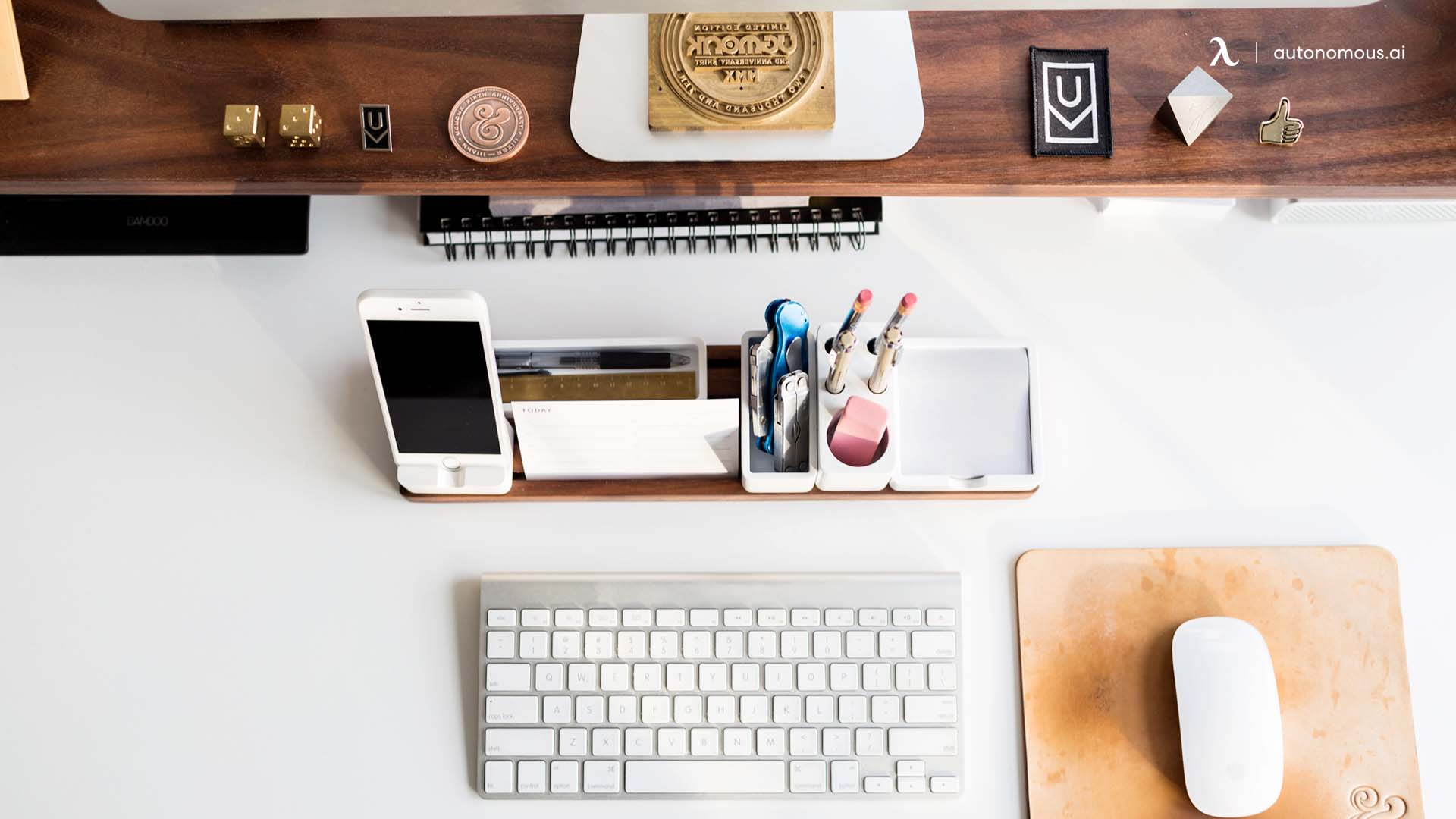 Plan a schedule and a workspace