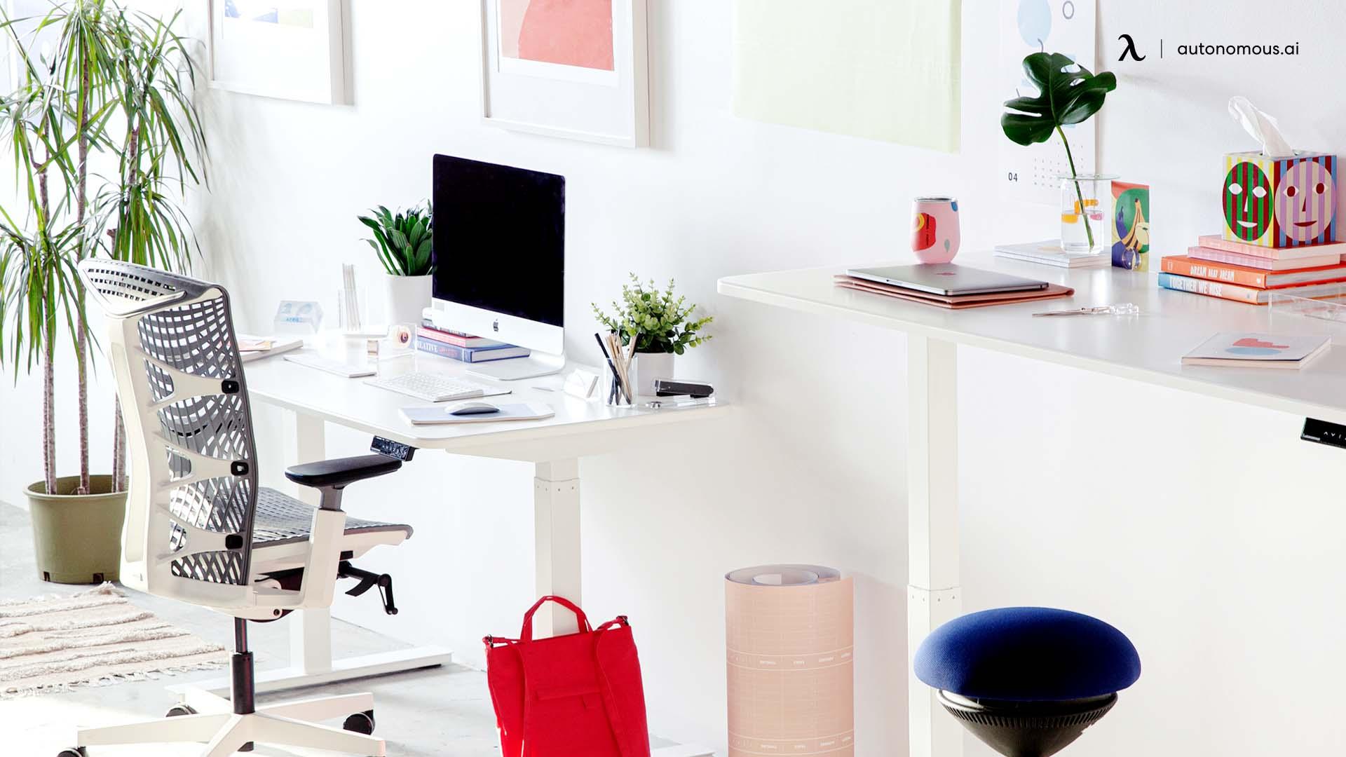 Ergonomic workspace for homeschooling