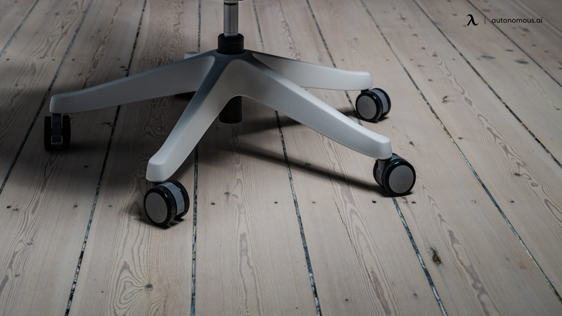Repairing the wheels to protect wood floor