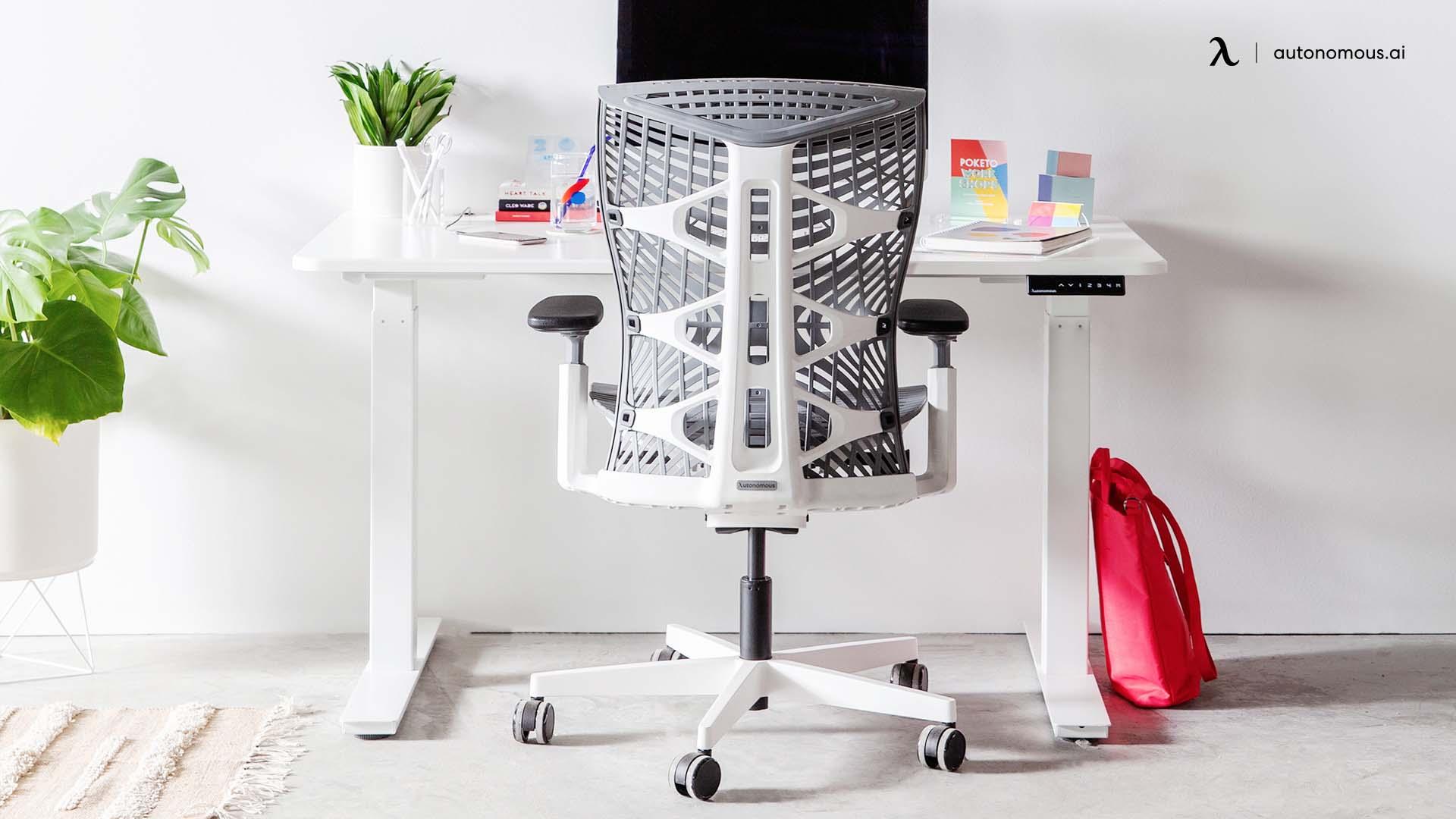 The 120-Degree V2 Standing Desk from UPLIFT