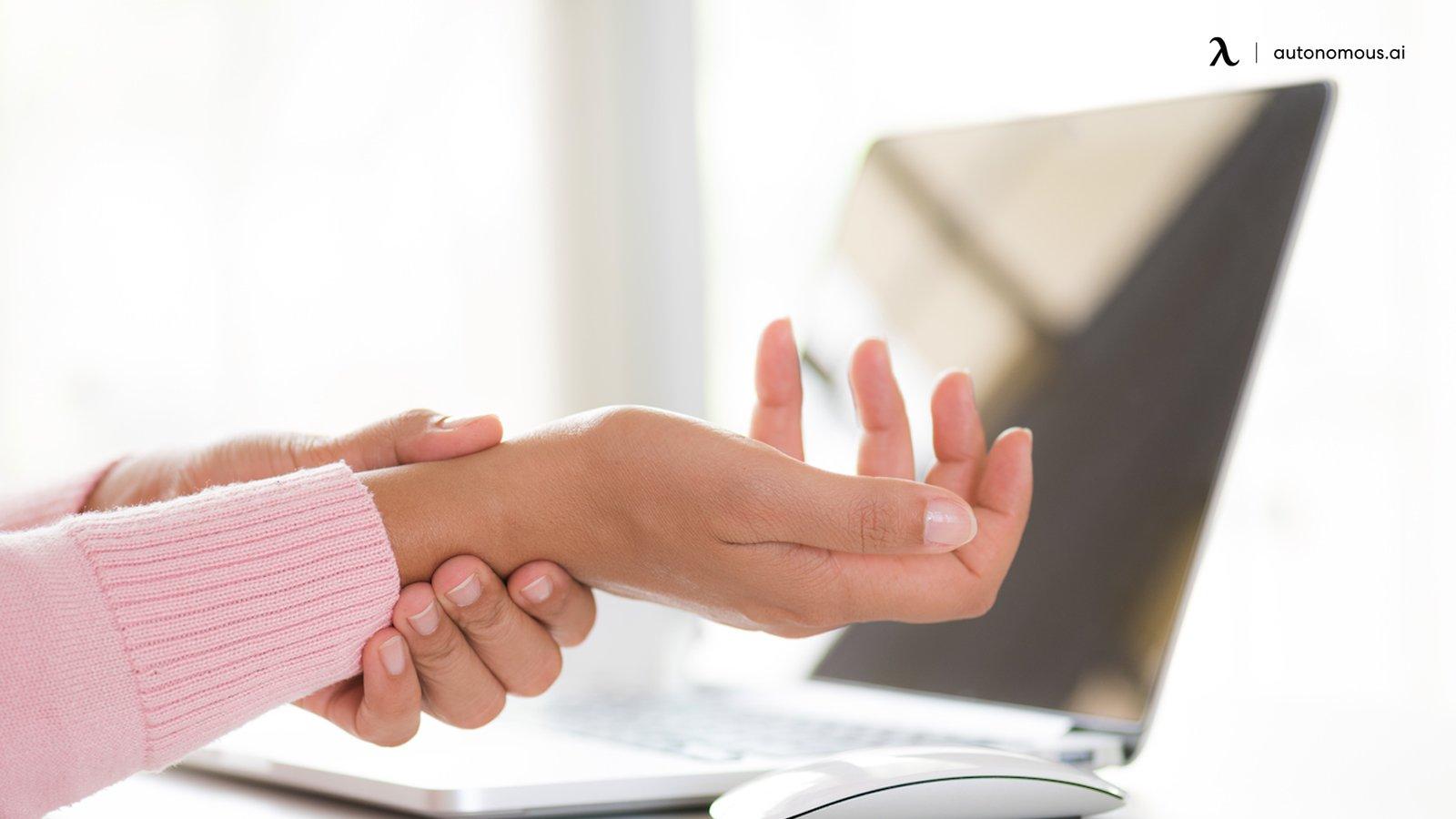 Wrist pain from non ergonomic workstation