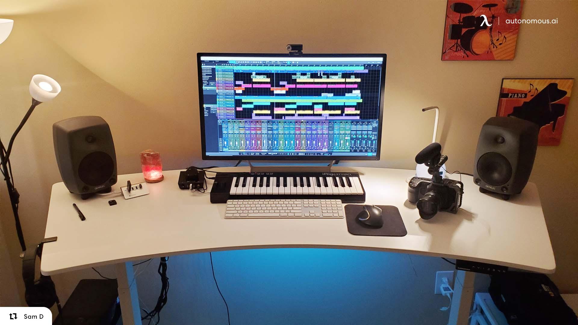 Art Desk - Curved Standing Desk