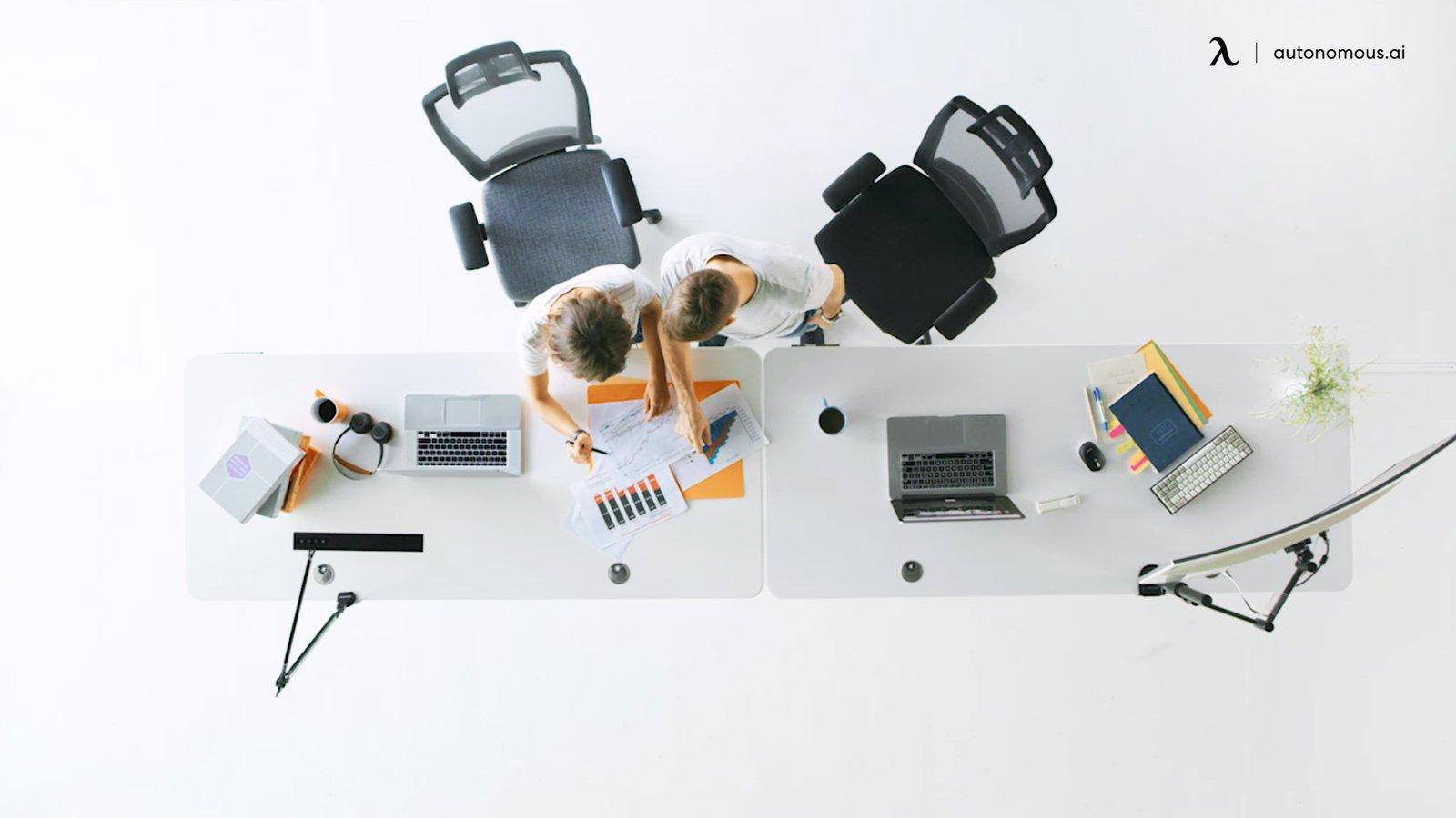 Picking Quality Desks