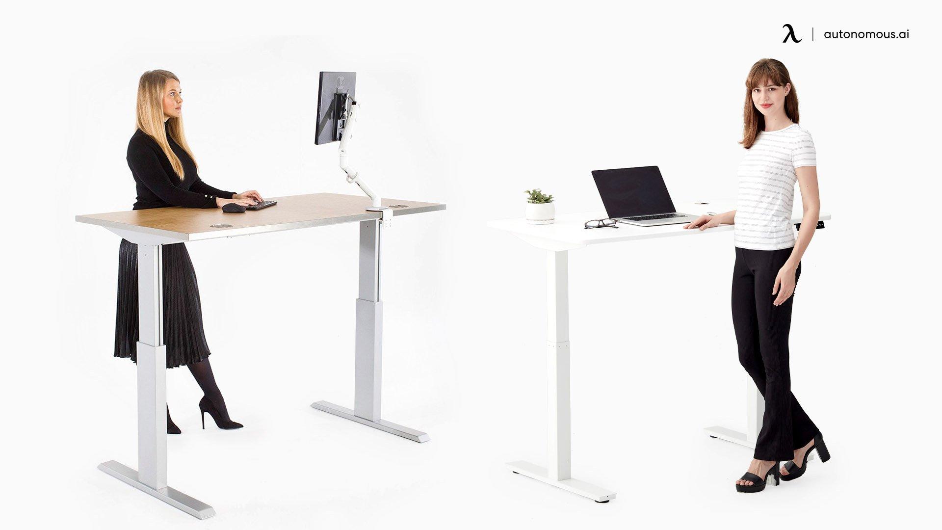 Electric vs. Manual Standing desk