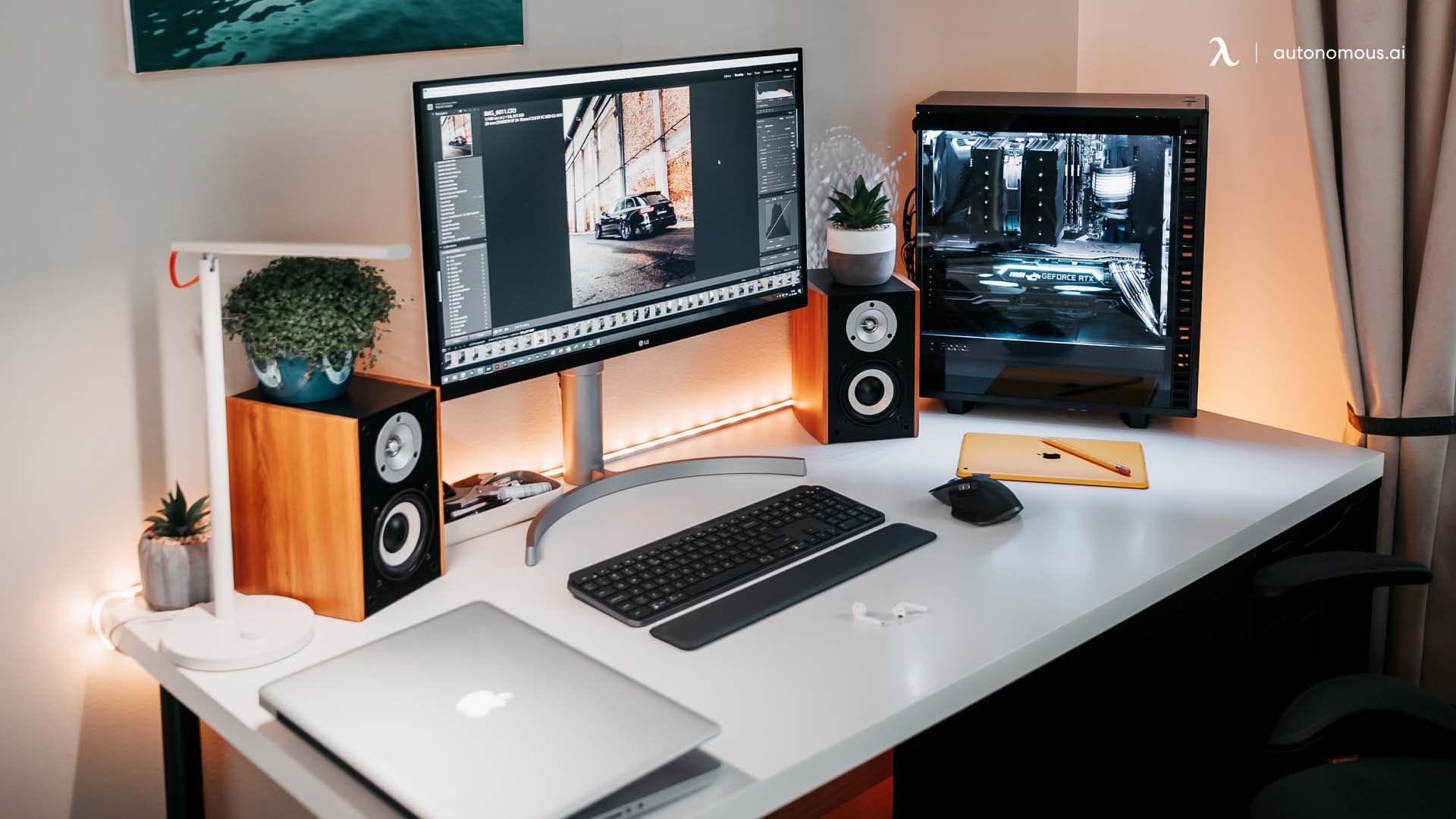 Ideas for Styling a White Desk