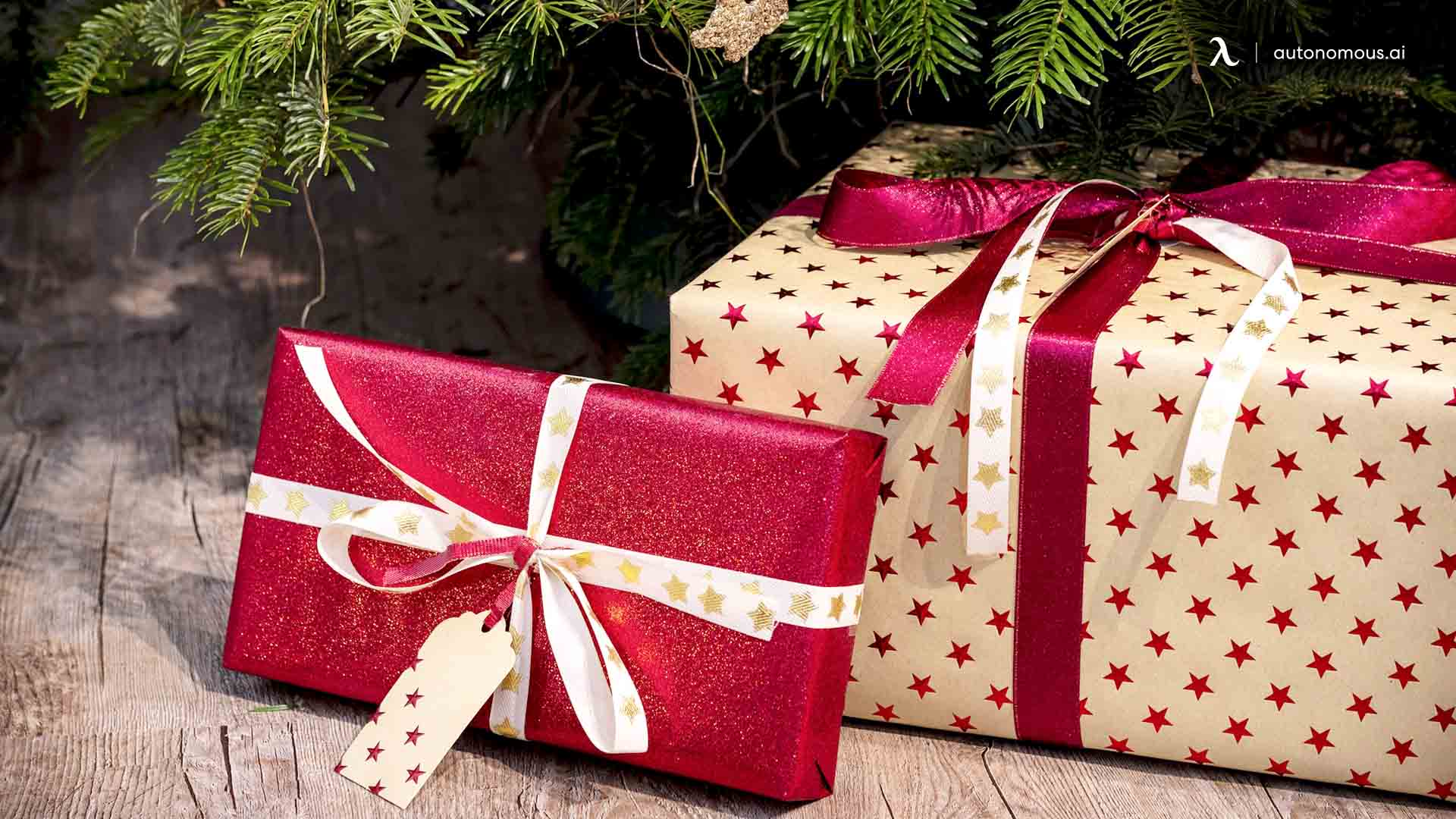 What are Some Rules Present for Providing Gifts in the Workplace?
