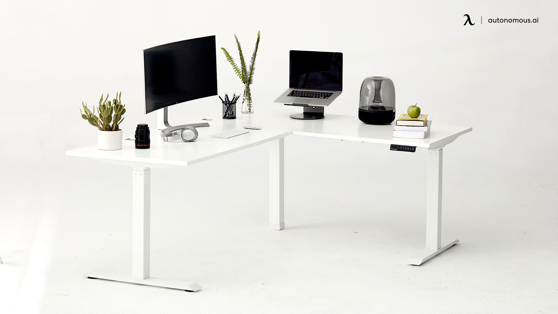 L-shaped Desks Good for Everyone
