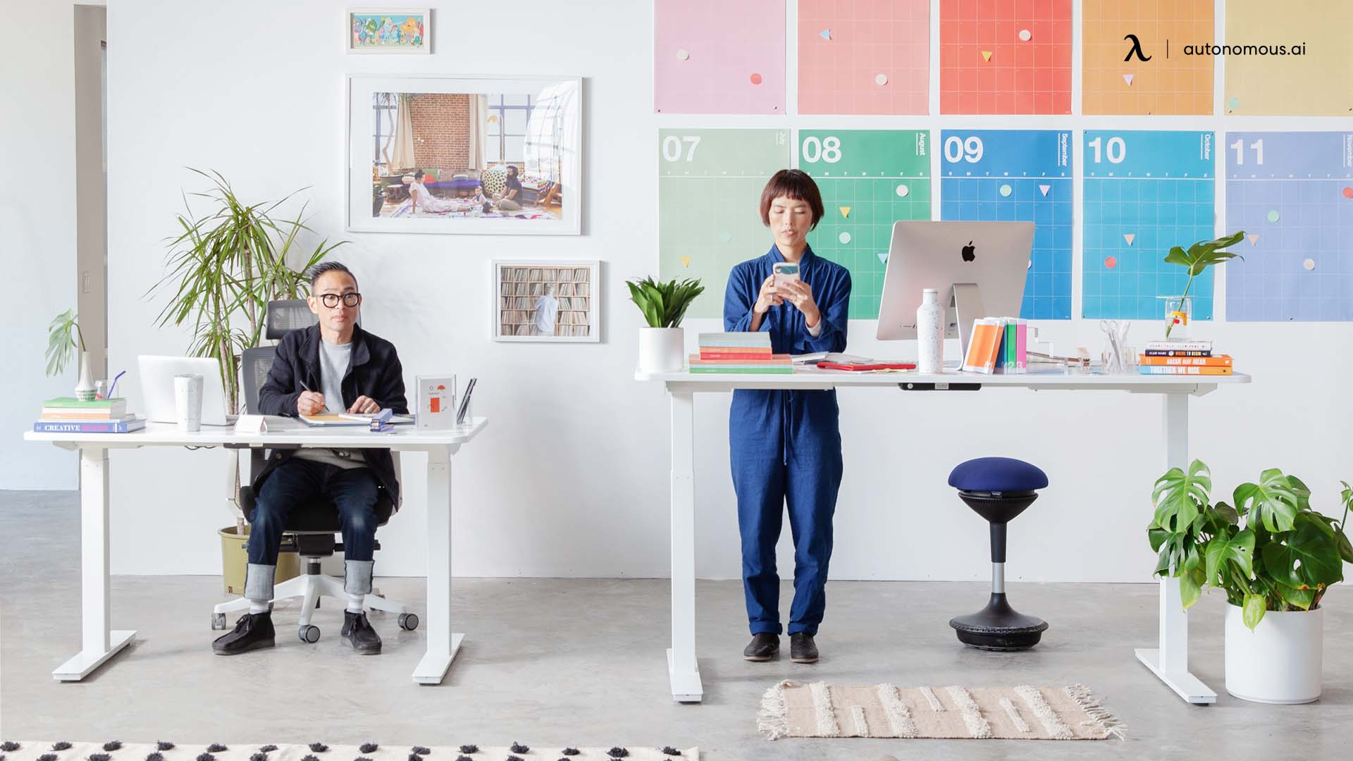 Pros and Cons of a Standing Desk
