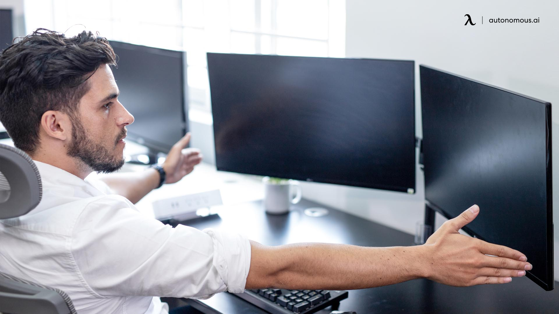 The Correct Sitting Posture at a Desk