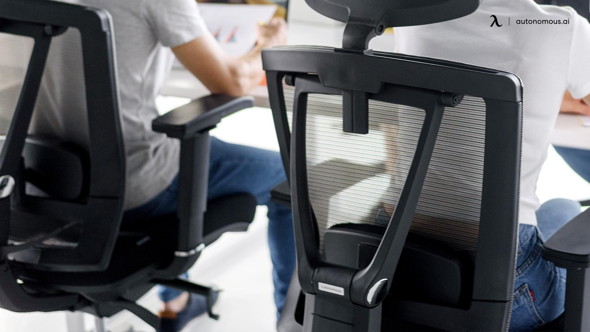 The Benefits of a Big and Tall Office Chair