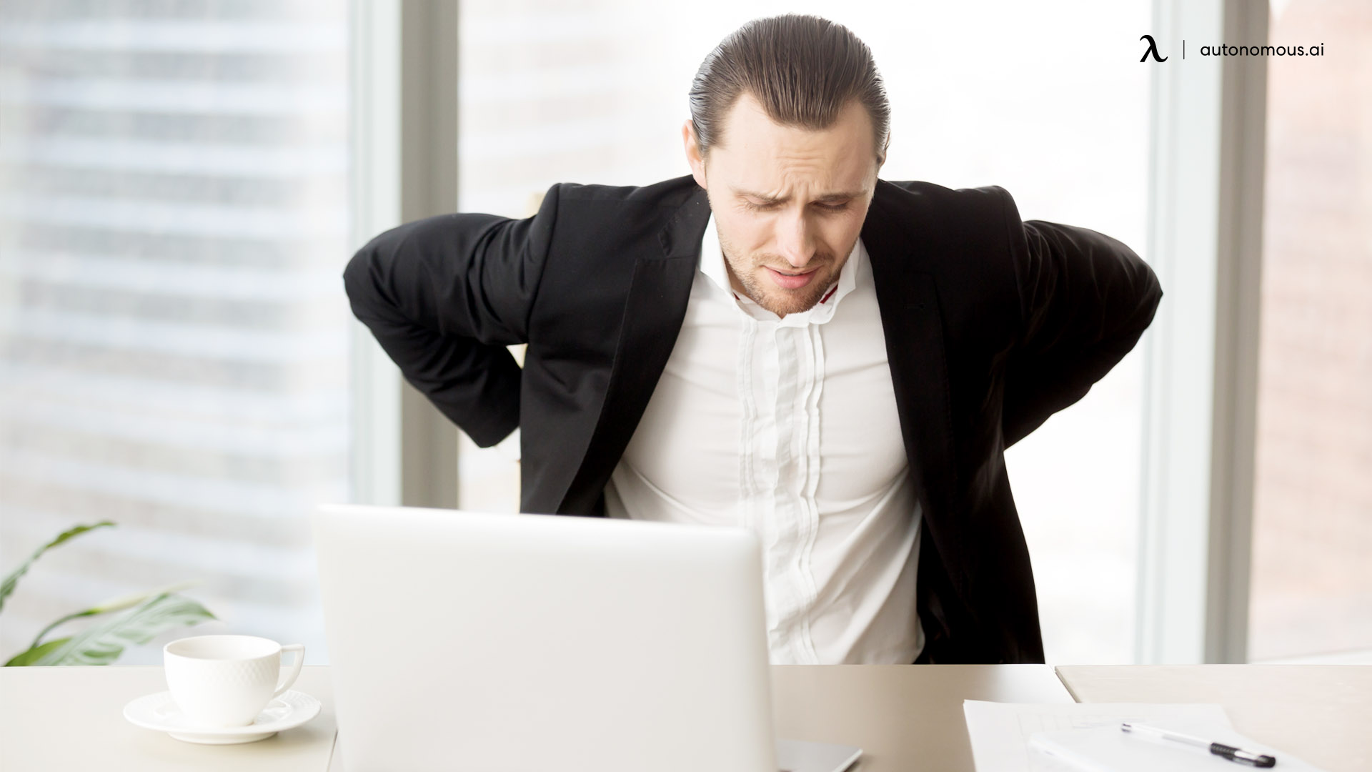 What Causes Back Pain While Sitting