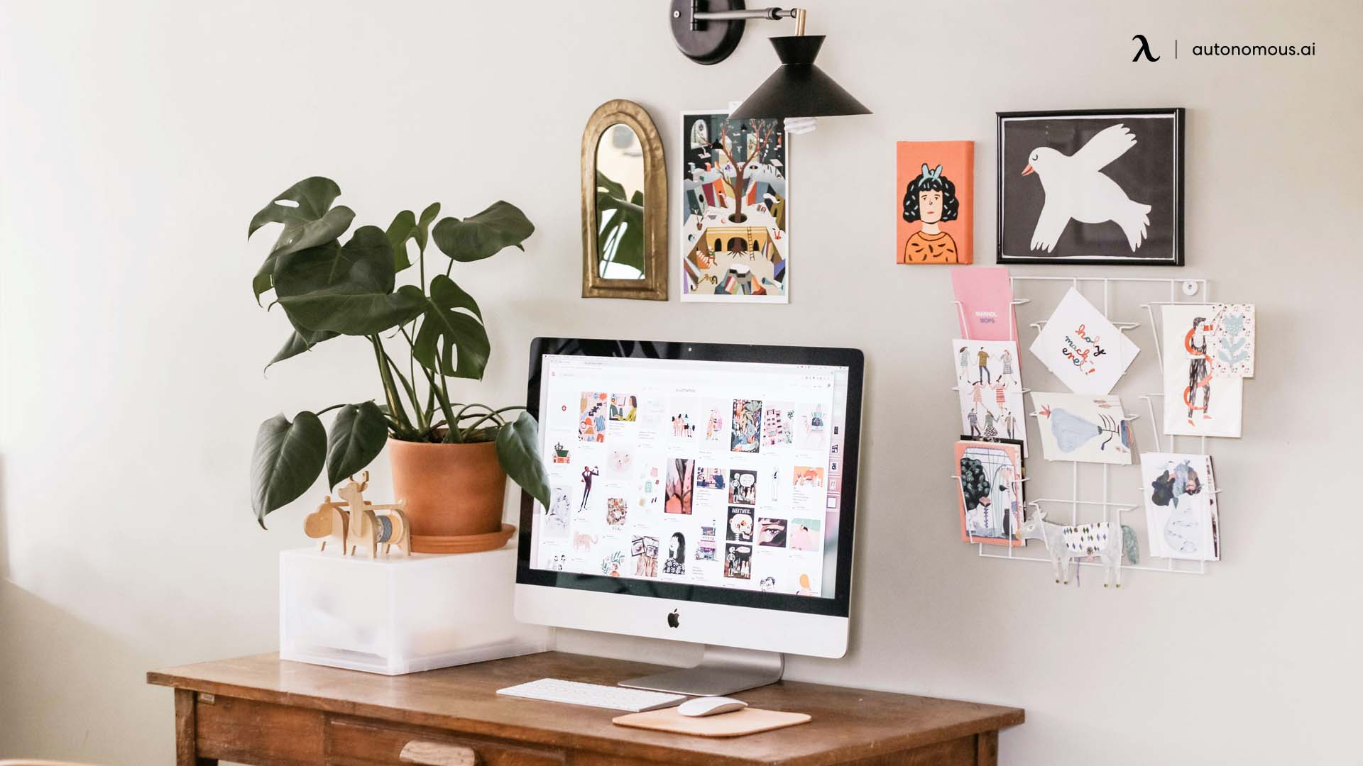 Personalize Your Desk Space
