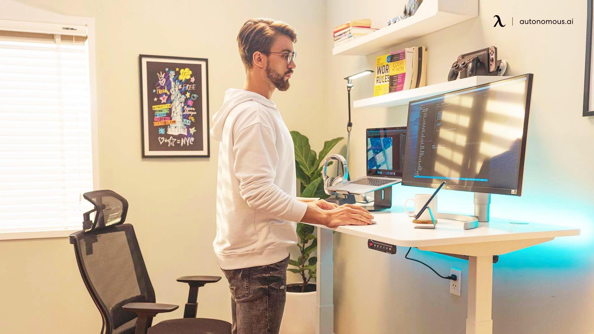 Right office desk