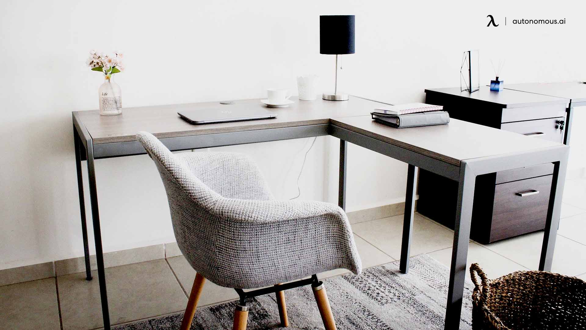 Why Should You Get an L-Shaped Desk?