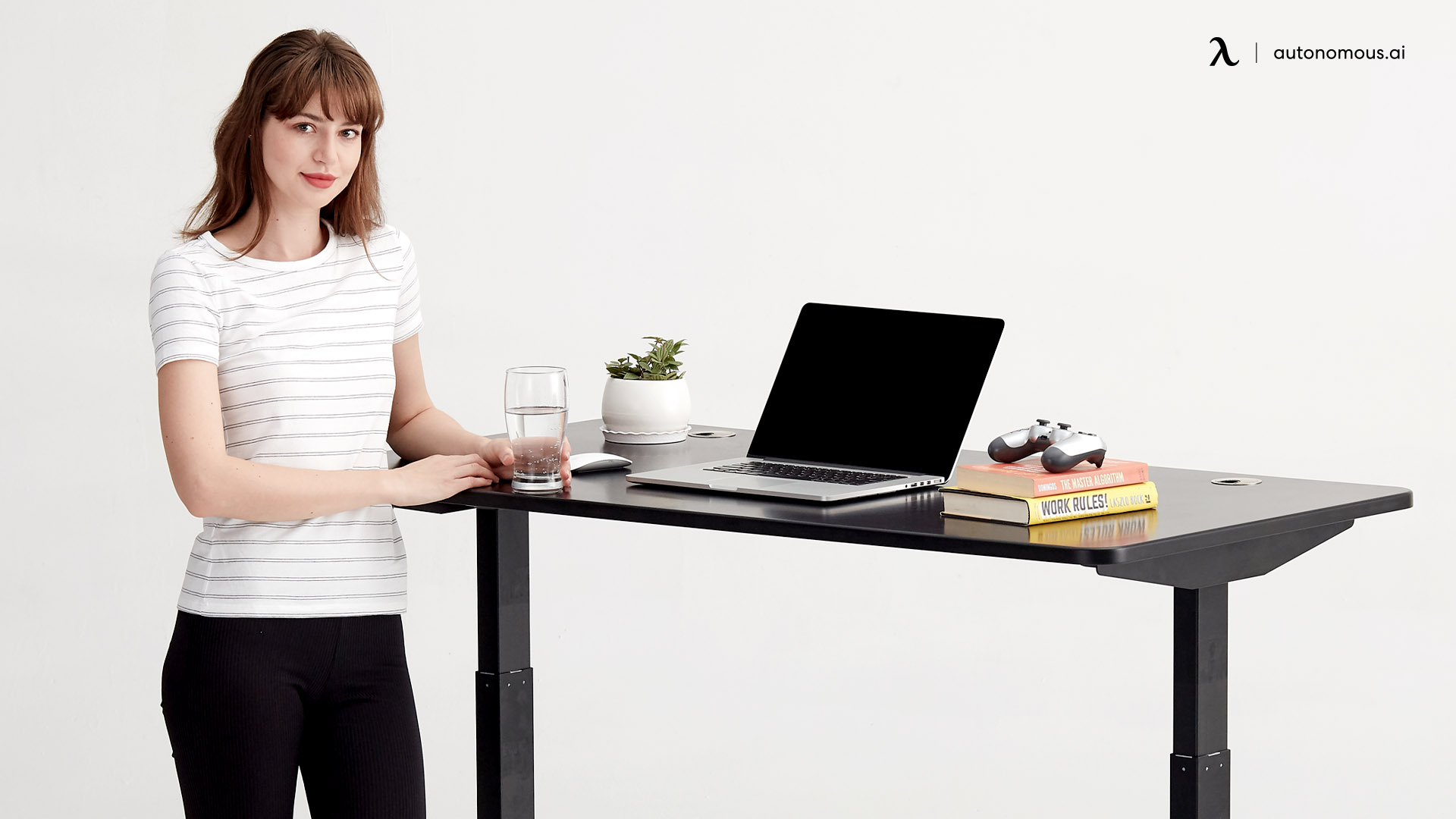 Why Should You Invest in a Modern Standing Desk?