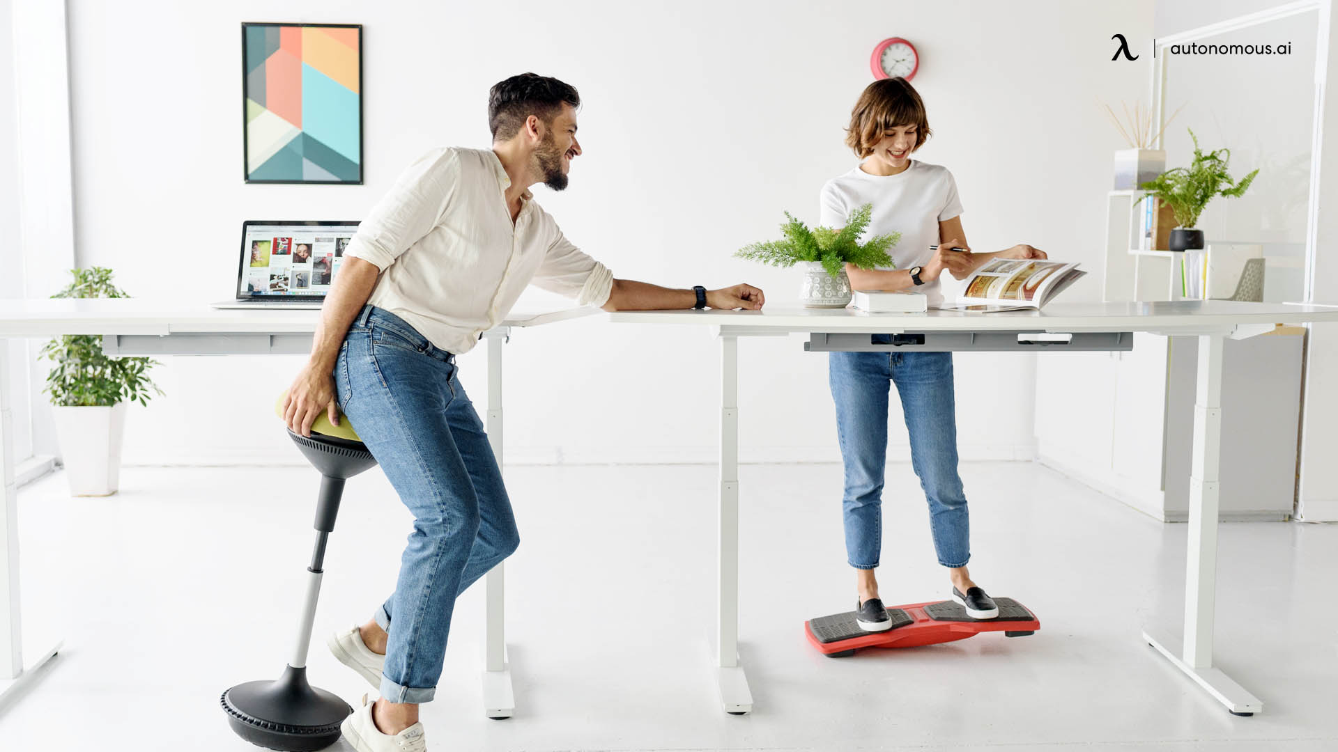 What to Look for When Buying a Standing Desk
