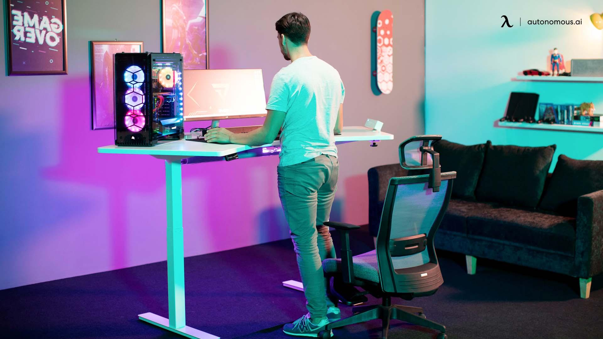 Autonomous Standing Gaming Desk