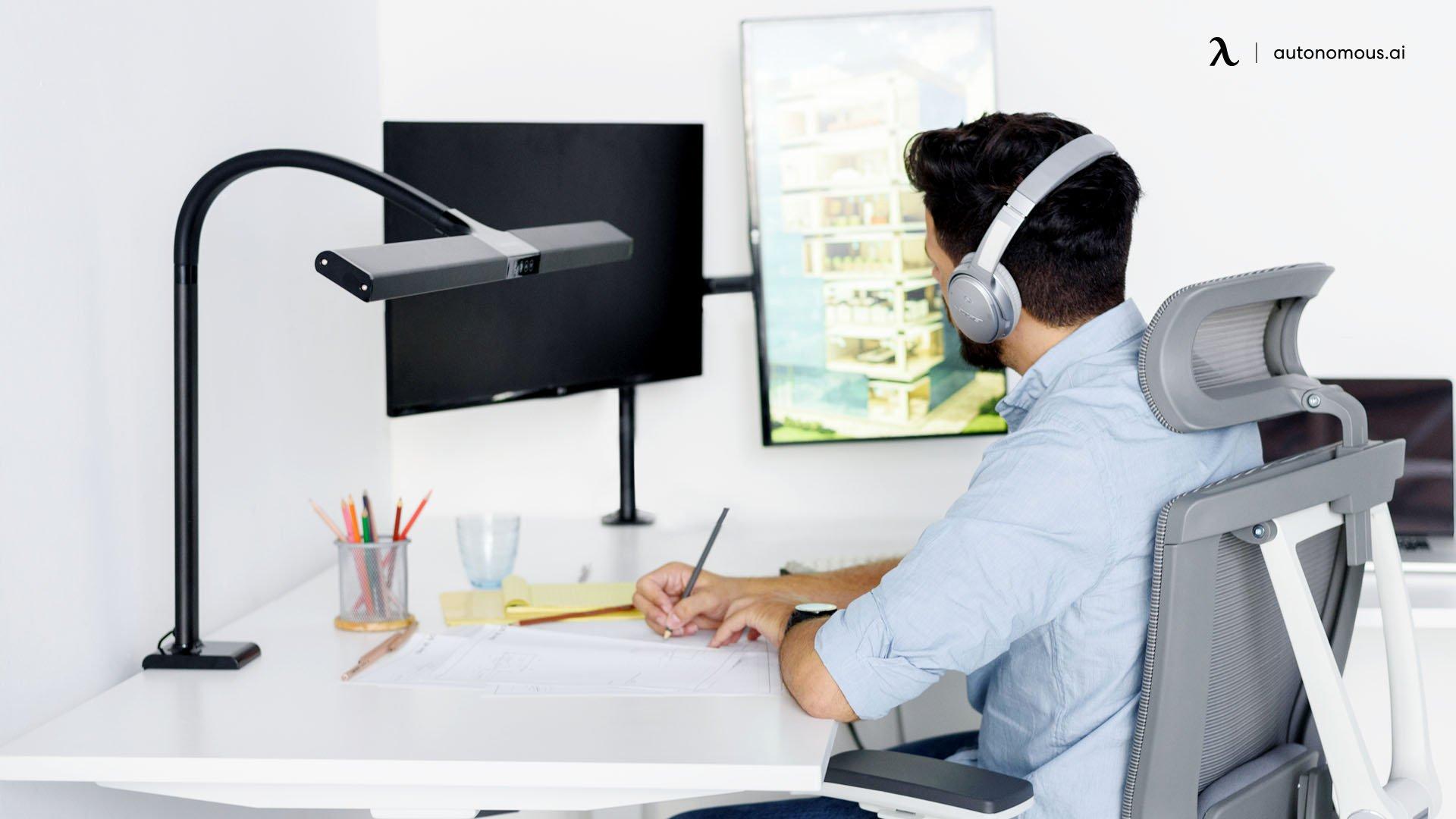 How to Enhance Your Virtual Presence at a Virtual Job Fair