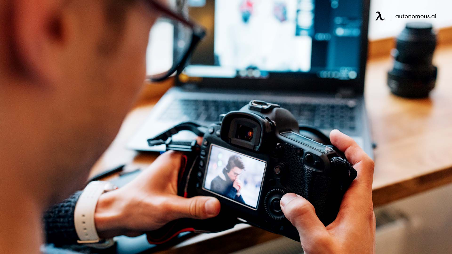 What Does a Photographer Need to Have a Productive Workspace?