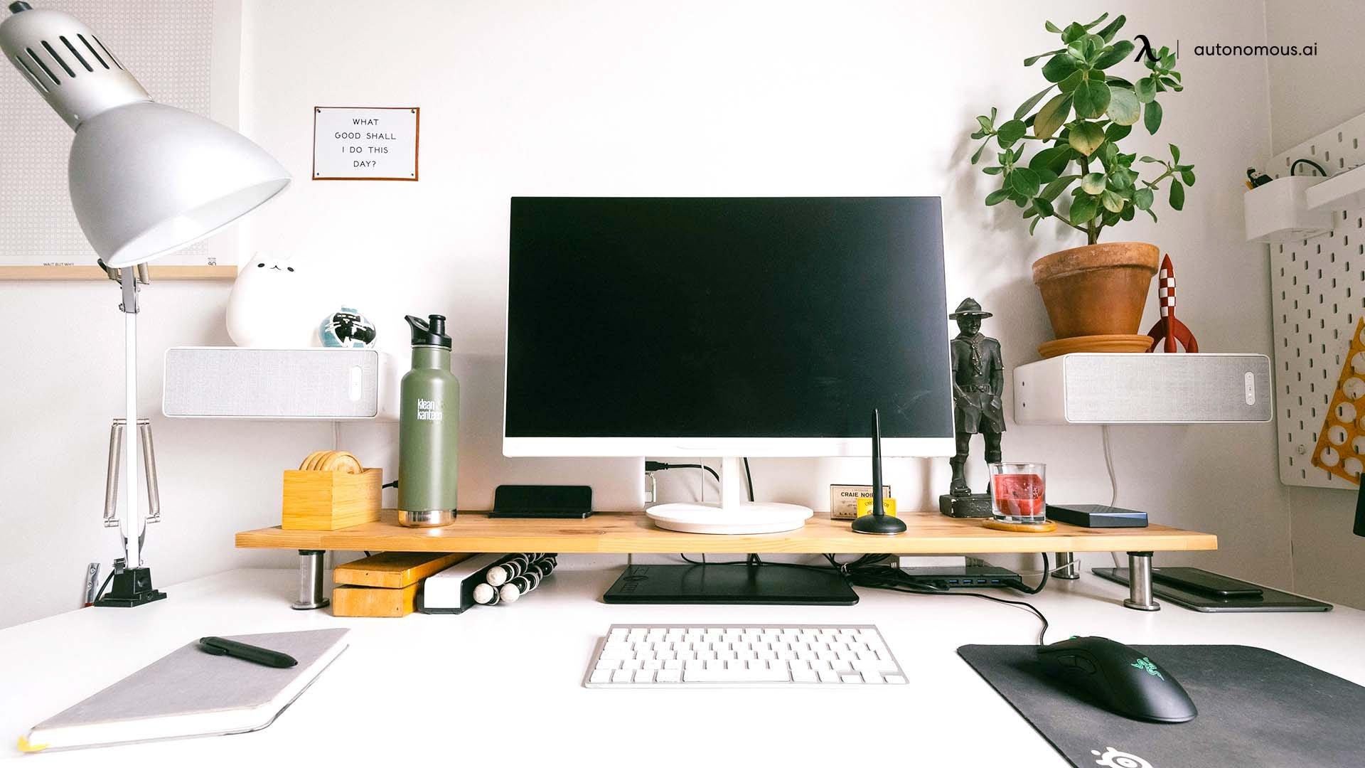 The Designer's All-White Minimal Desk Setup