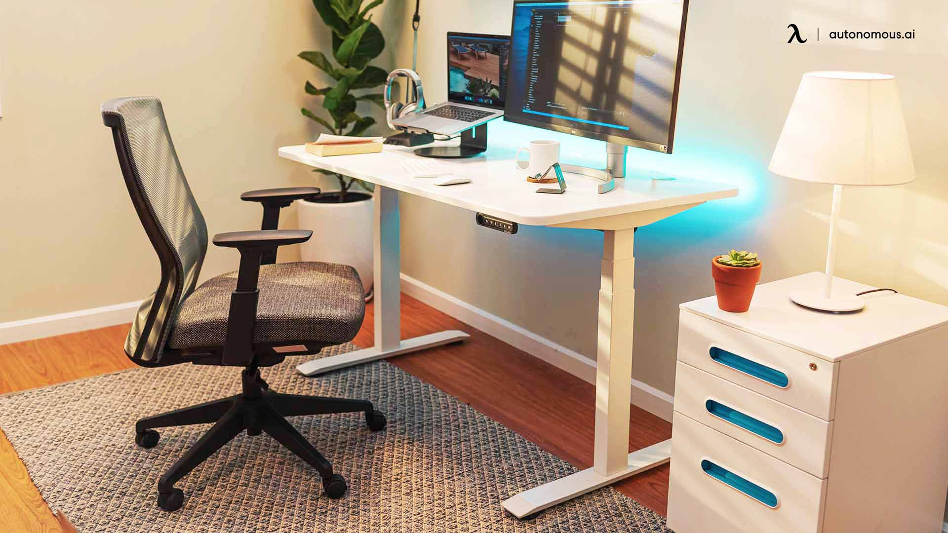 Improving the Comfort of Your Workspace