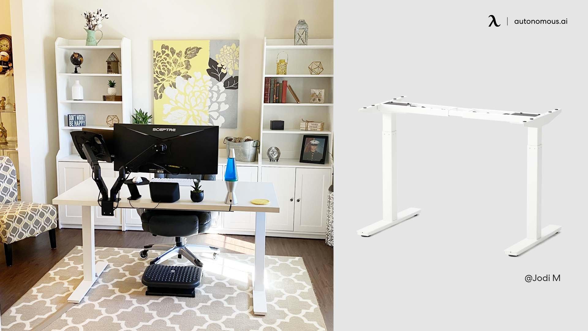 Sophisticated Desk Setup