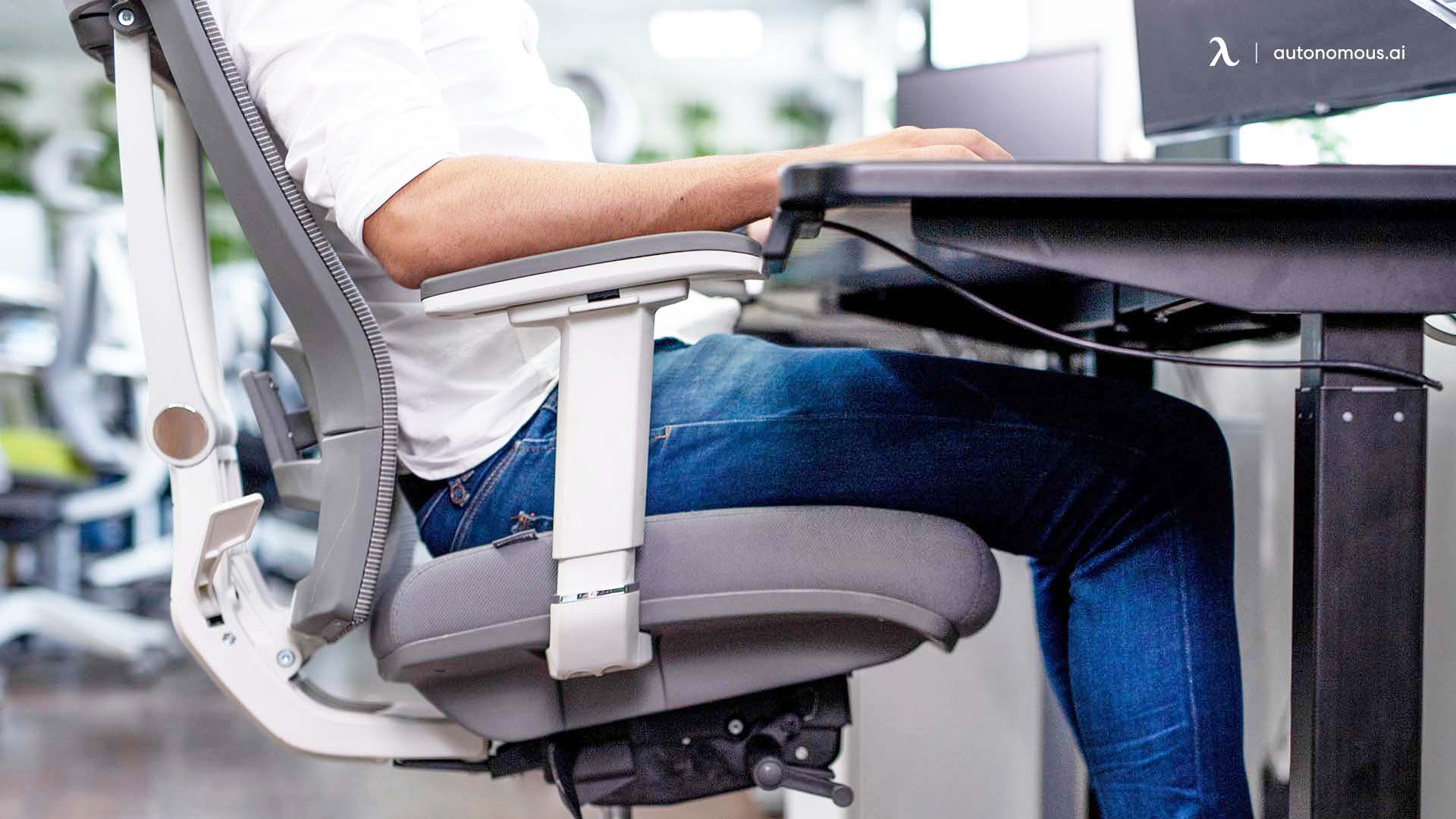 Keep Your Desk at Elbow Height