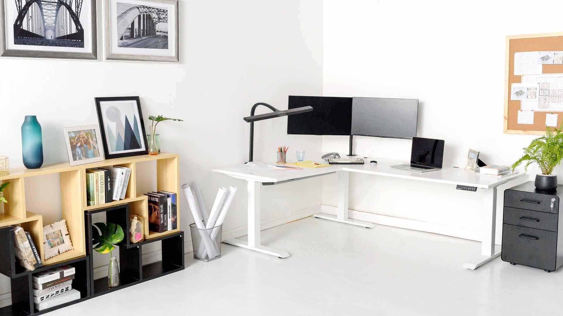 corner workspace