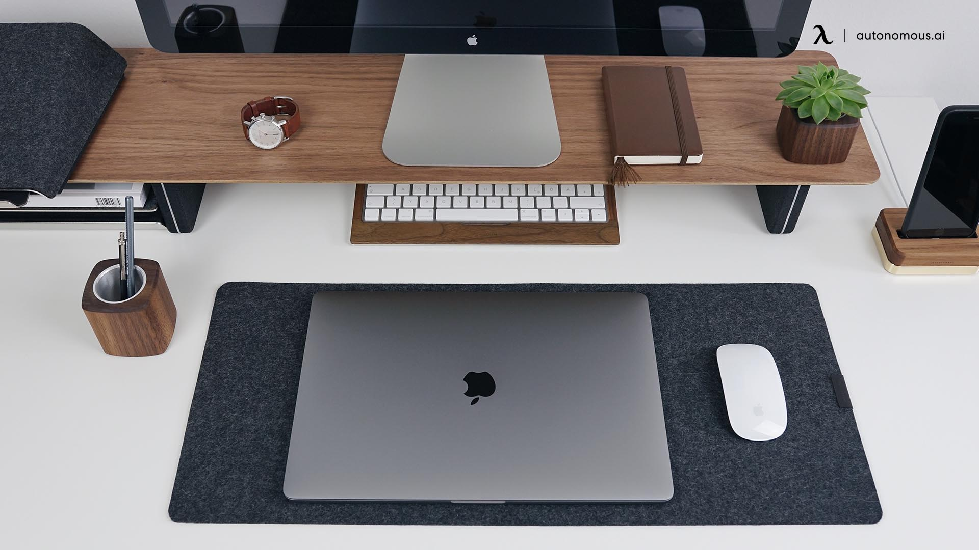 What Is a Productive Ultimate Desk Setup?