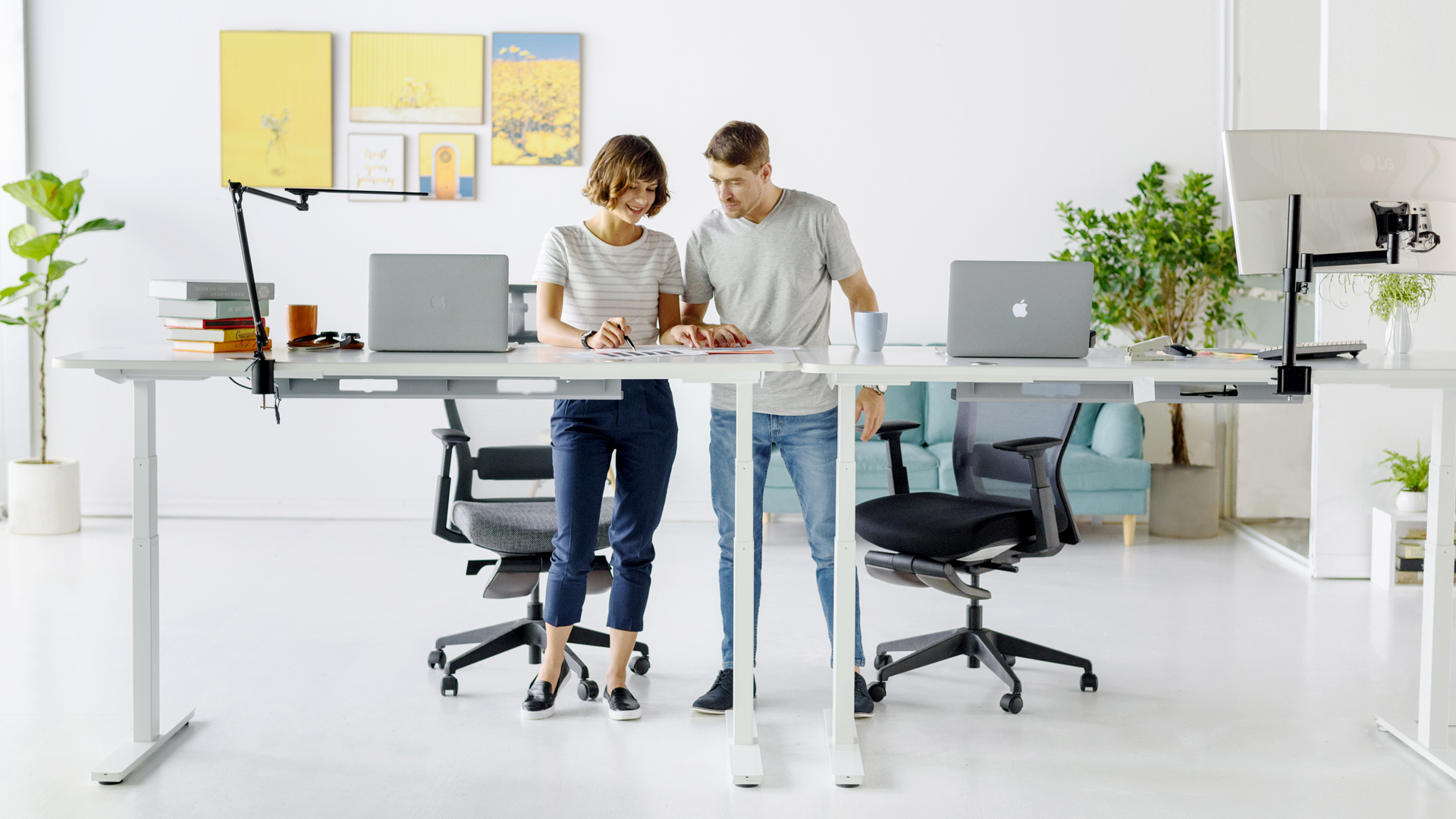 How To Use A Standing Desk Correctly?