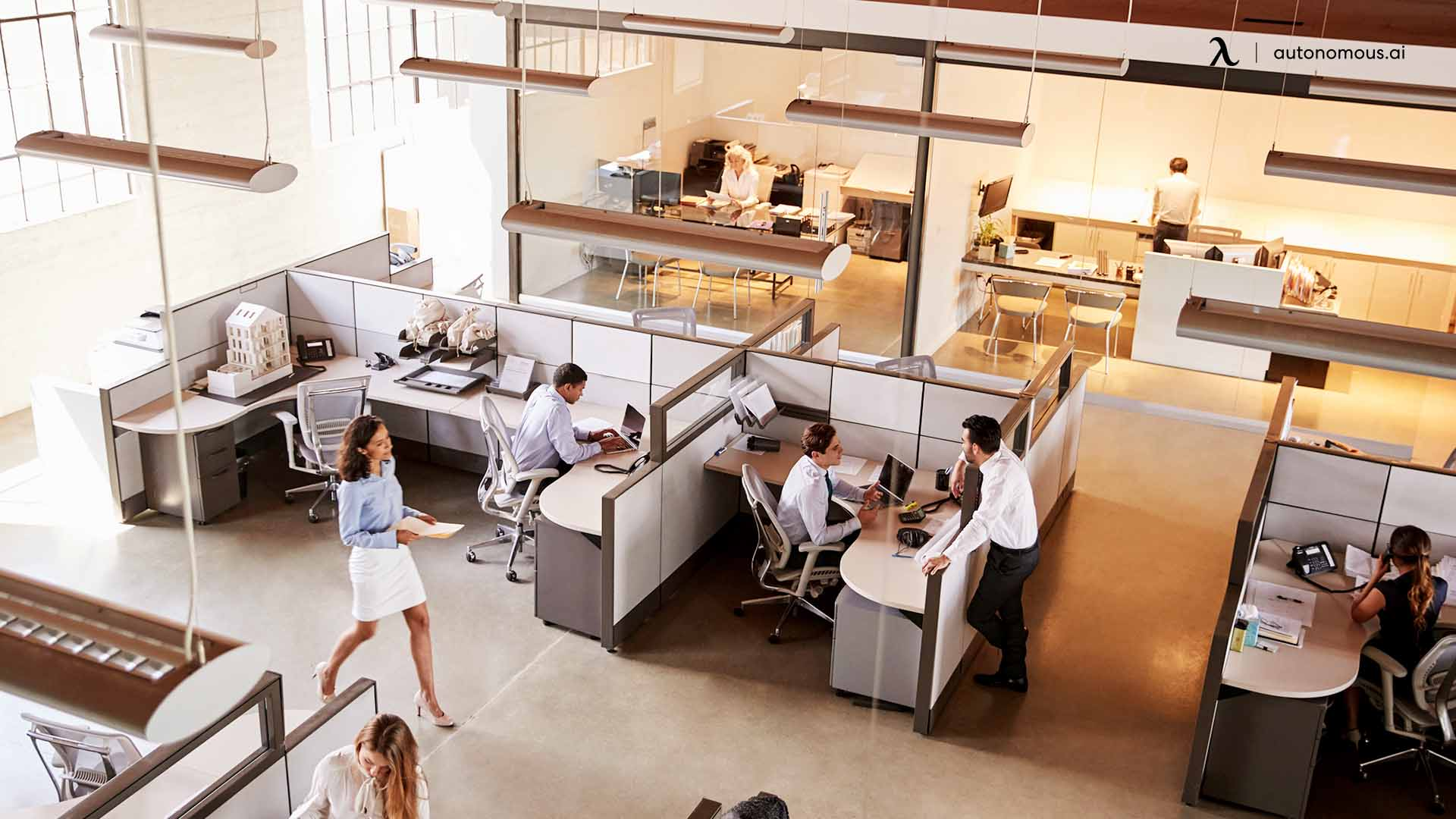 mbrace the Space as It Is: Work Together