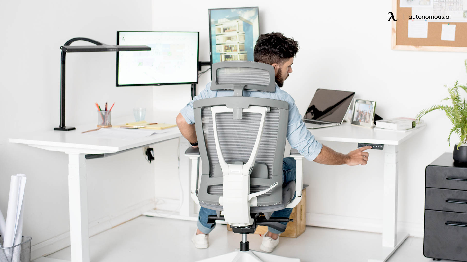 How to Make an Ergonomic Workstation at Home