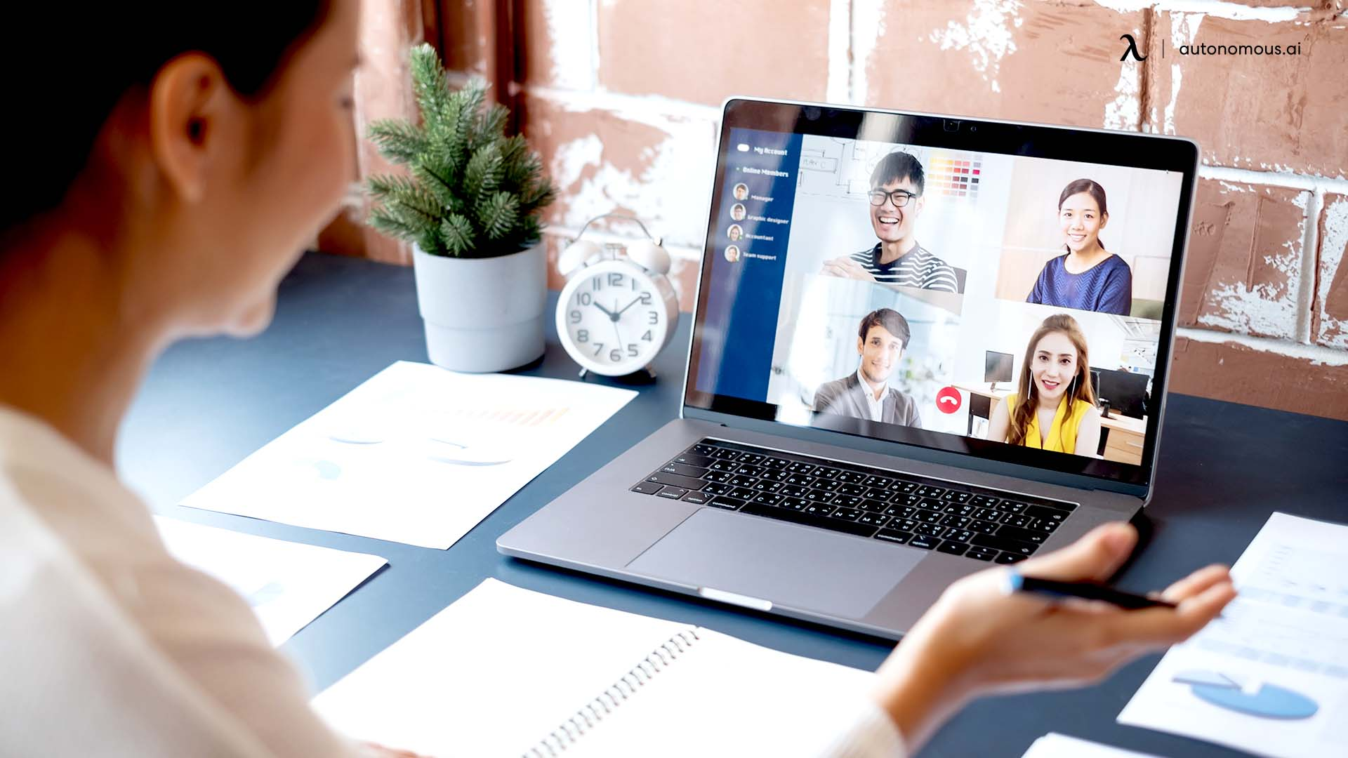 Improve Your Presence in Virtual Meetings