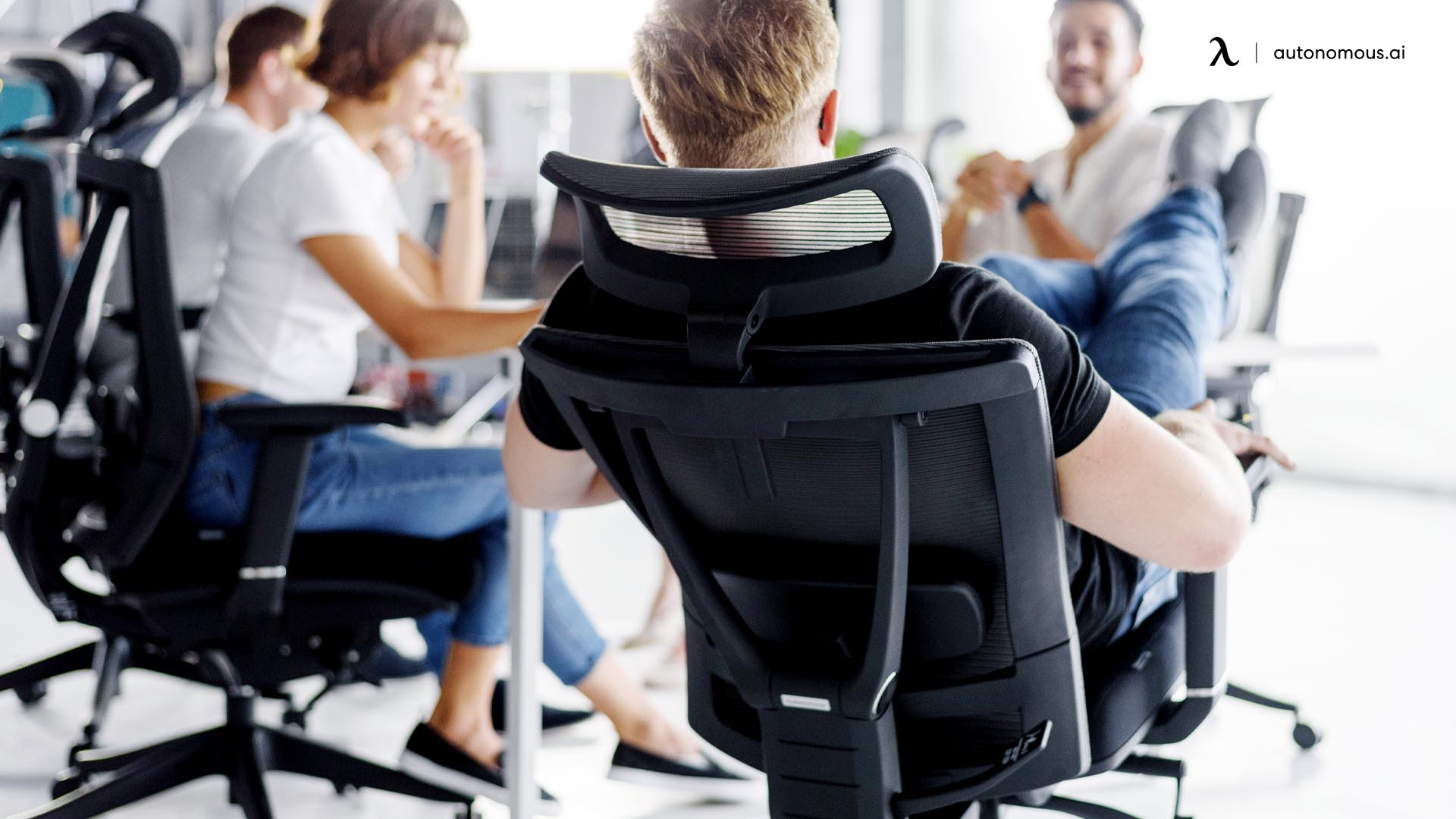 What Is a High Back Ergonomic Office Chair?
