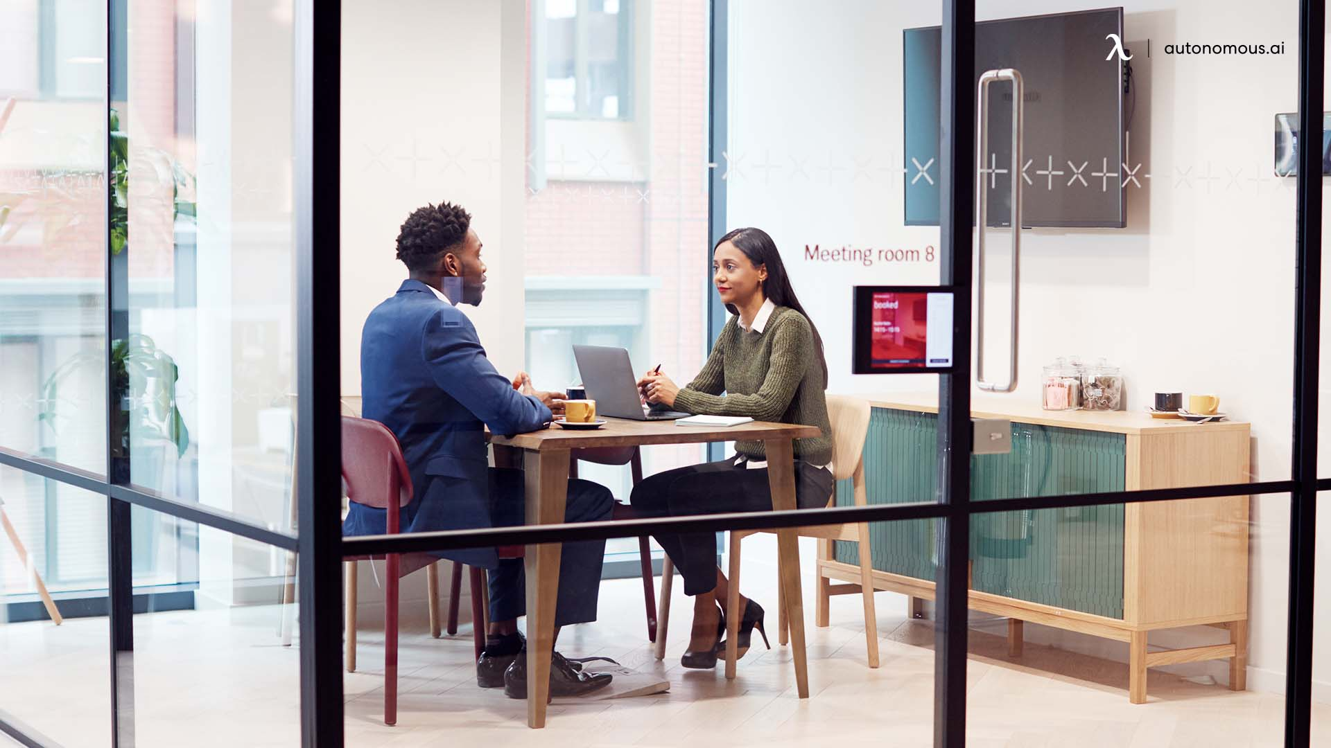 What is one on one meeting?