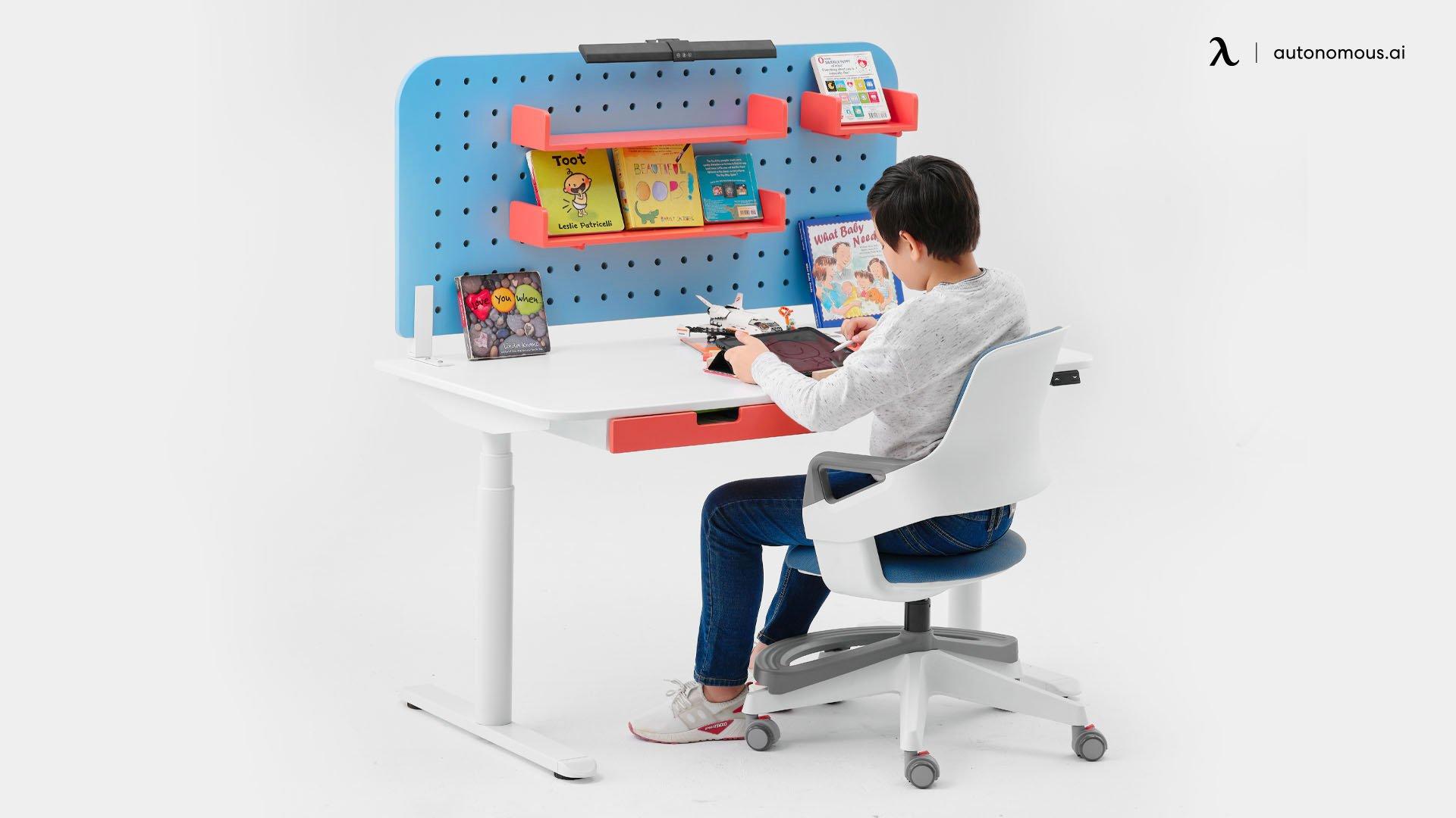8 Ergonomic Desks for Kids to Study