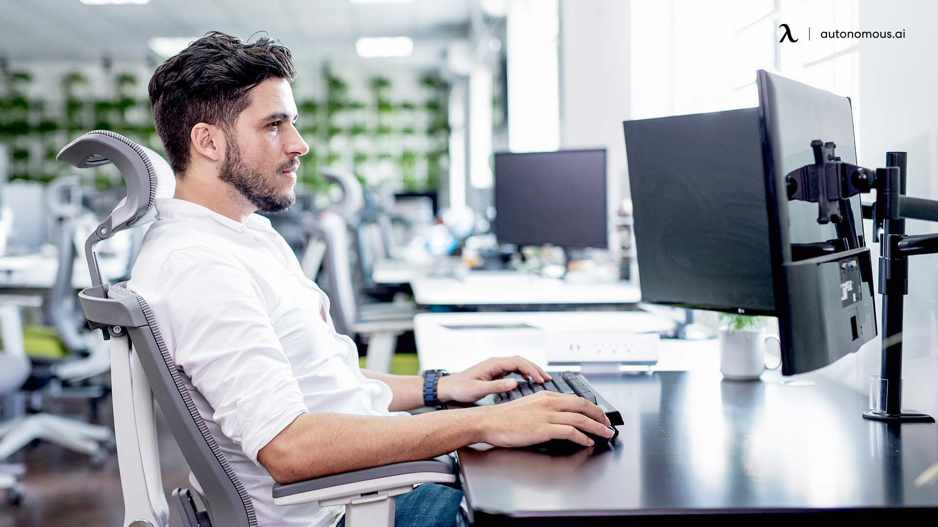 Reduce Shoulder Pain From Sitting At Your Desk All Day
